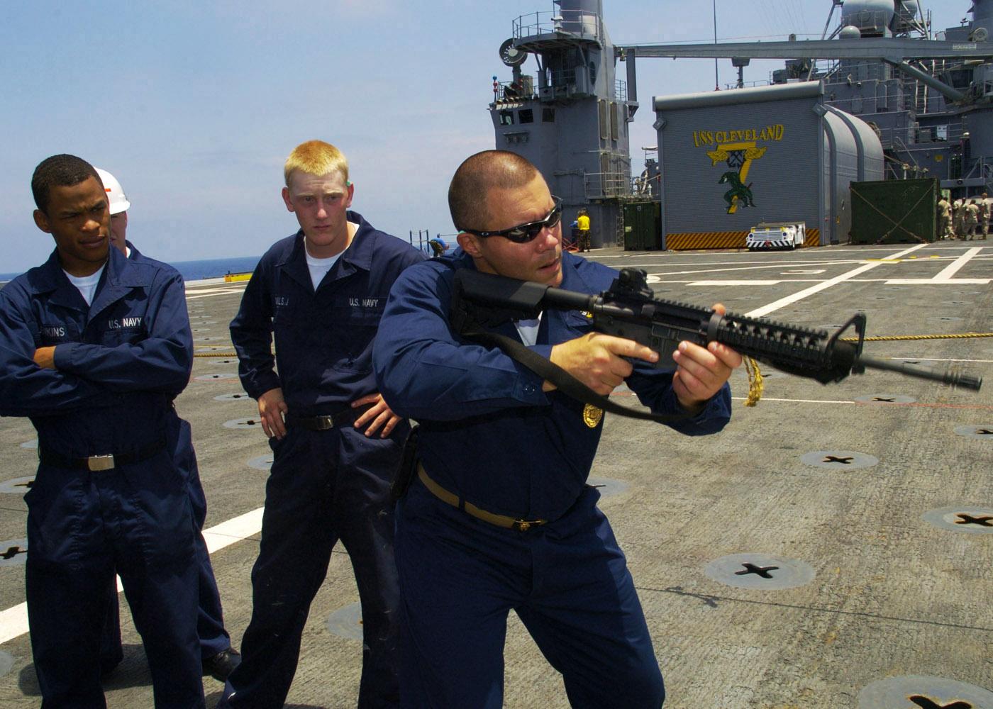 File:US Navy 090723-N-3925A-001 Chief Master-At-Arms James ...