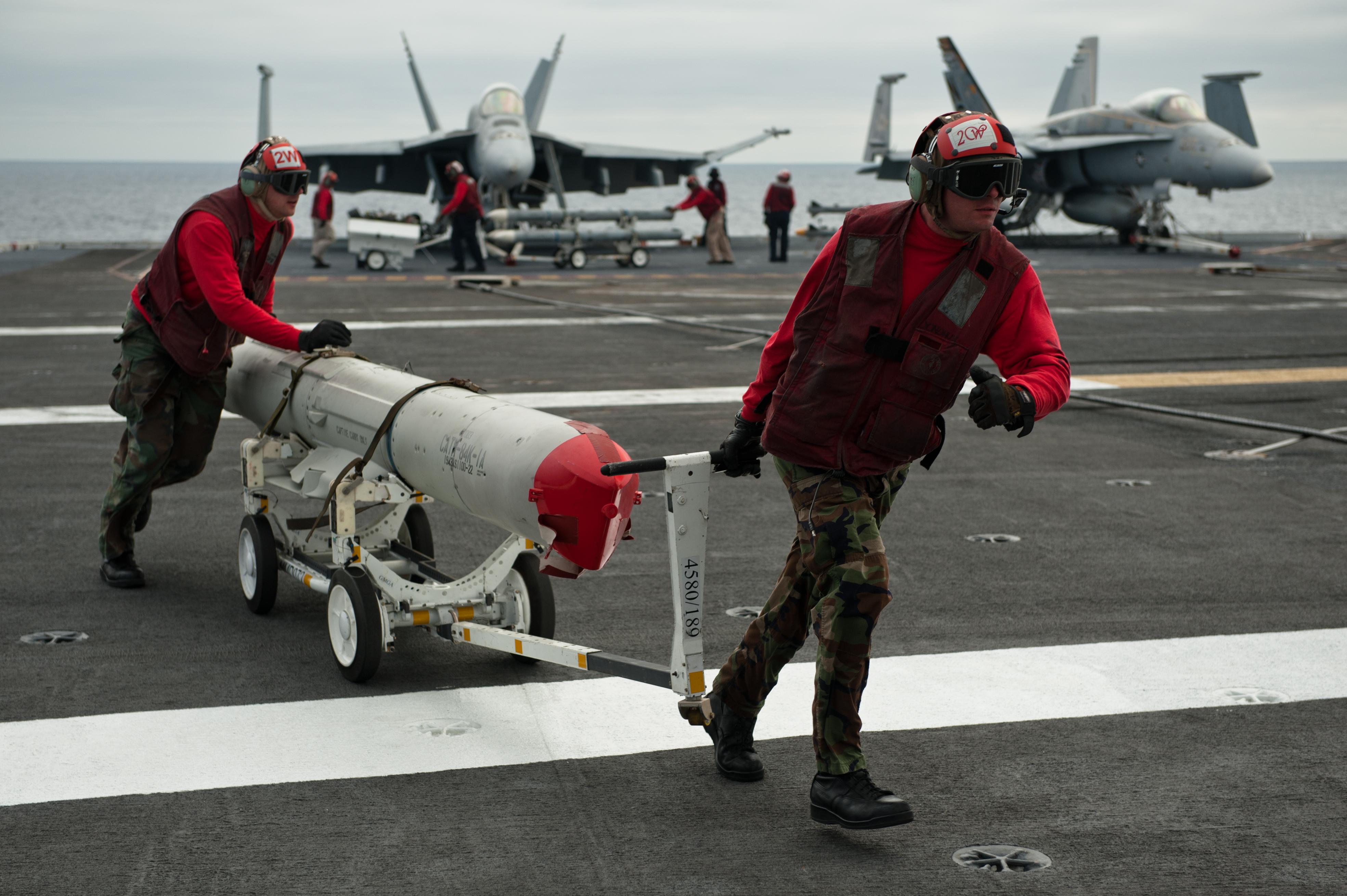 file us navy 110729 n bt887 126 aviation ordnanceman 3rd class joel rh commons wikimedia org