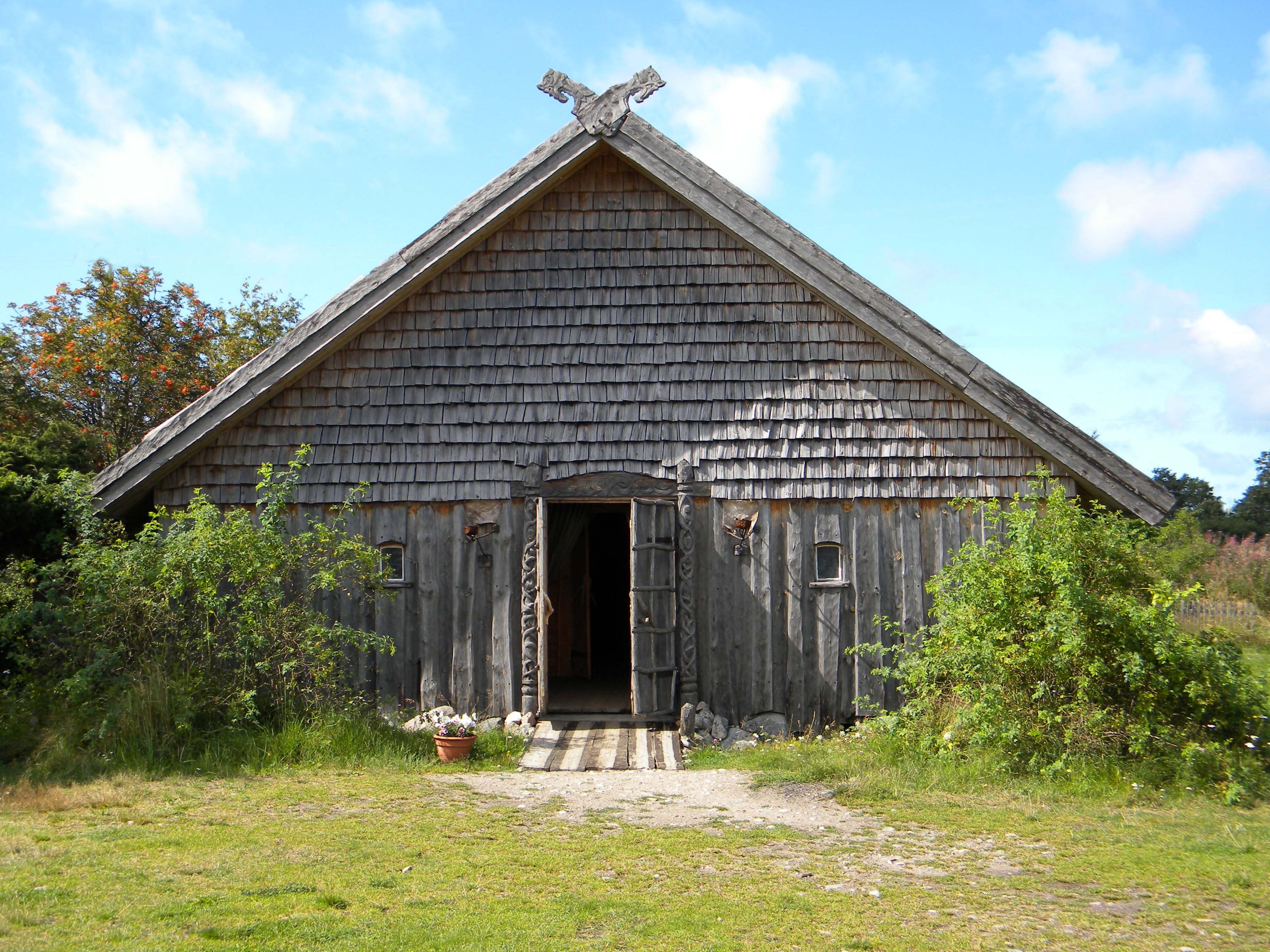 File Viking style house in Rosala Viking Center in Finland additionally heritagebarns together with Our Chicken Setup additionally 2968851866 as well Watch. on farm style house plans