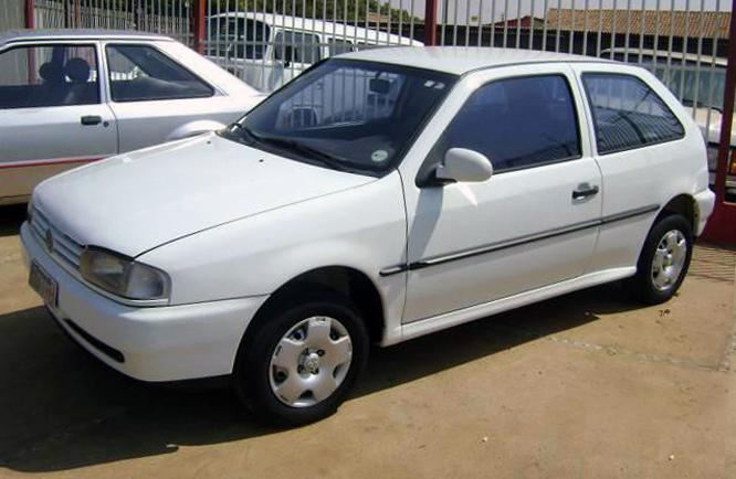 File:Volkswagen Gol 2da geração.jpg