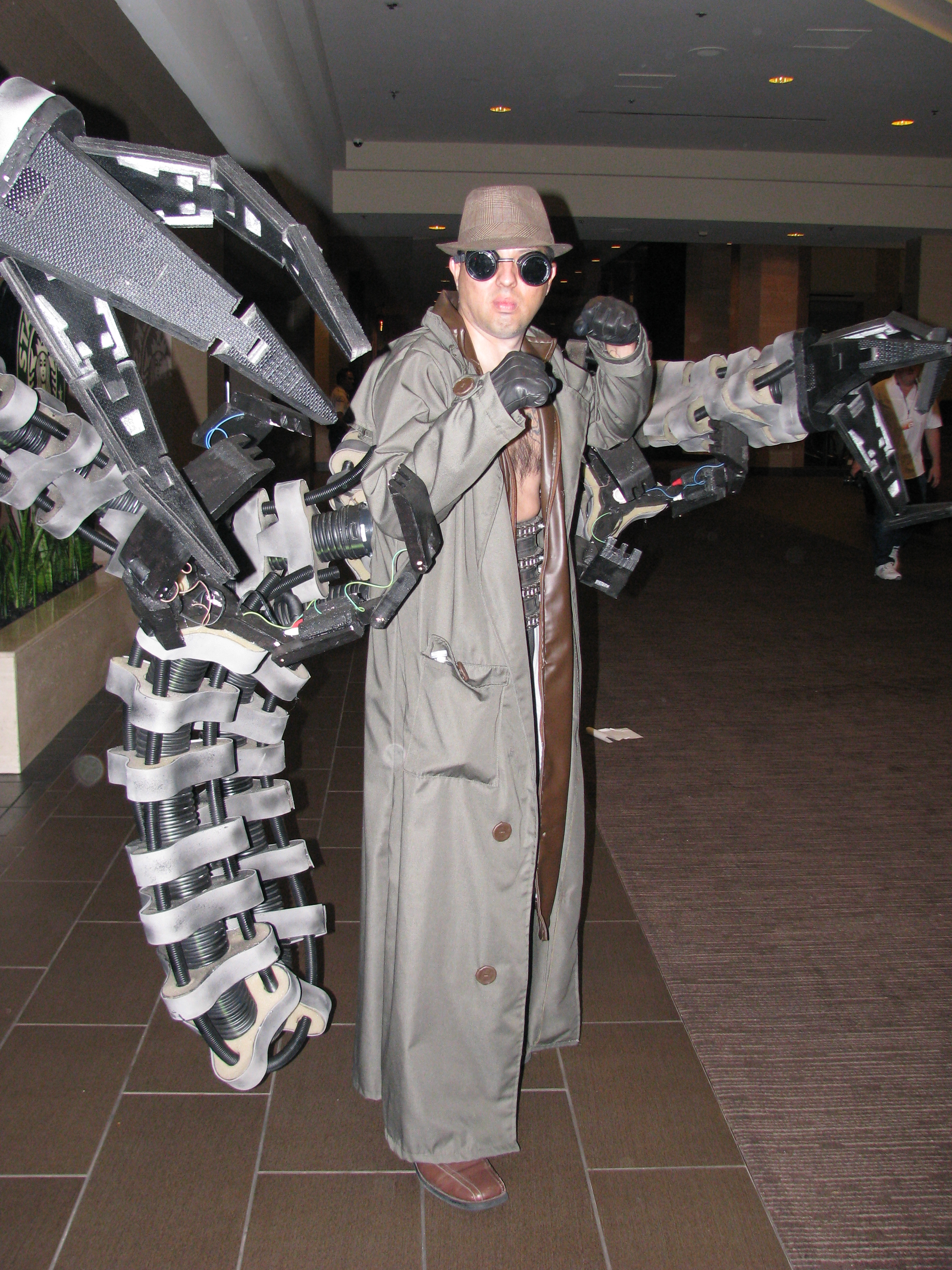 File Wondercon 2014 Doctor Octopus Cosplay 13955404834 Jpg