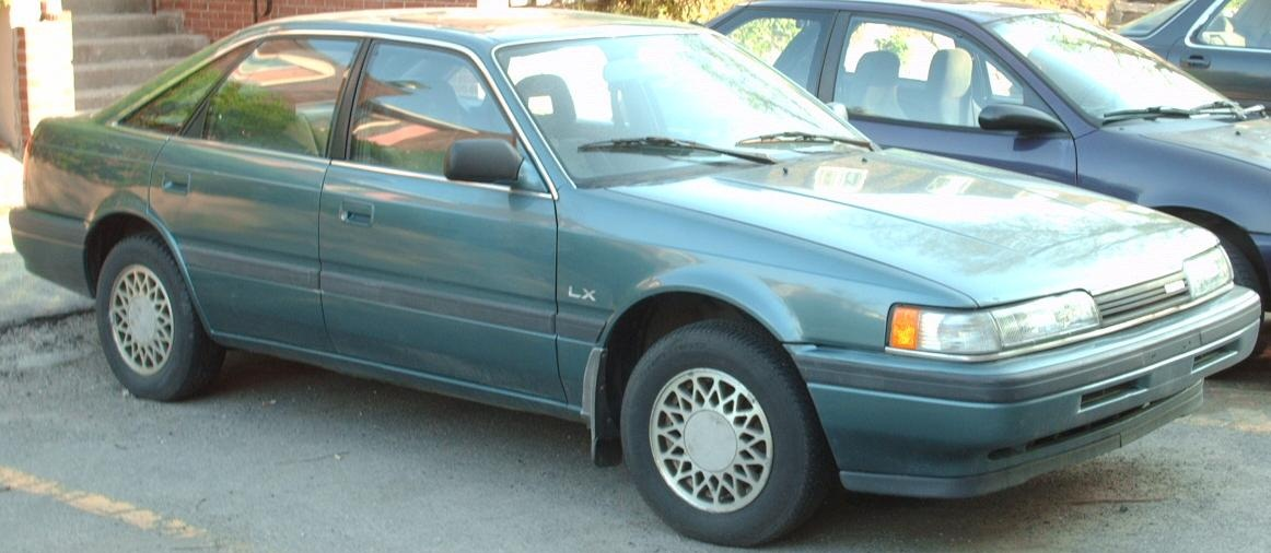 File:'91-'92 Mazda 626 Hatchback.jpg - Wikimedia Commons