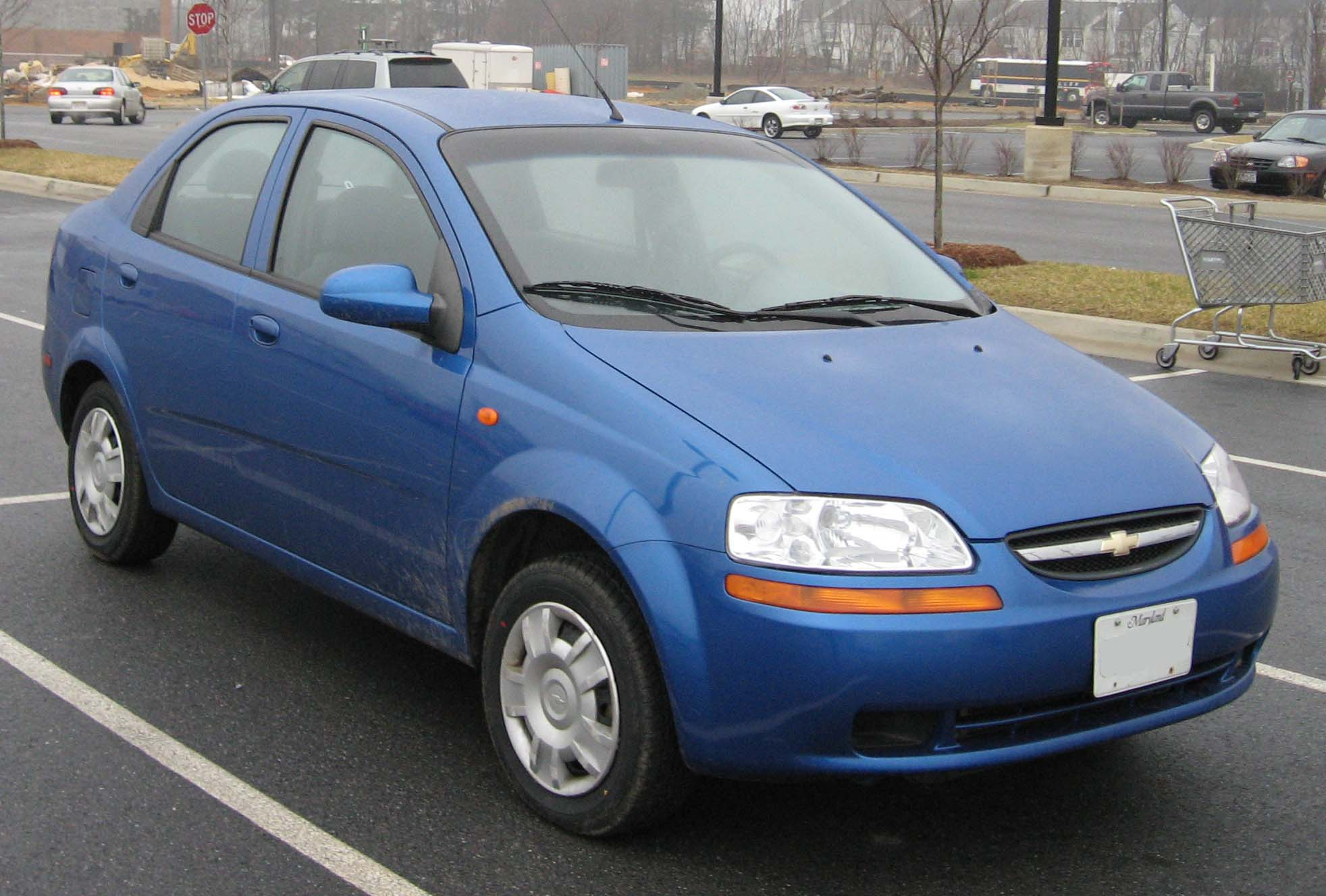 File:04-06 Chevrolet Aveo sedan 2.jpg - Wikimedia Commons