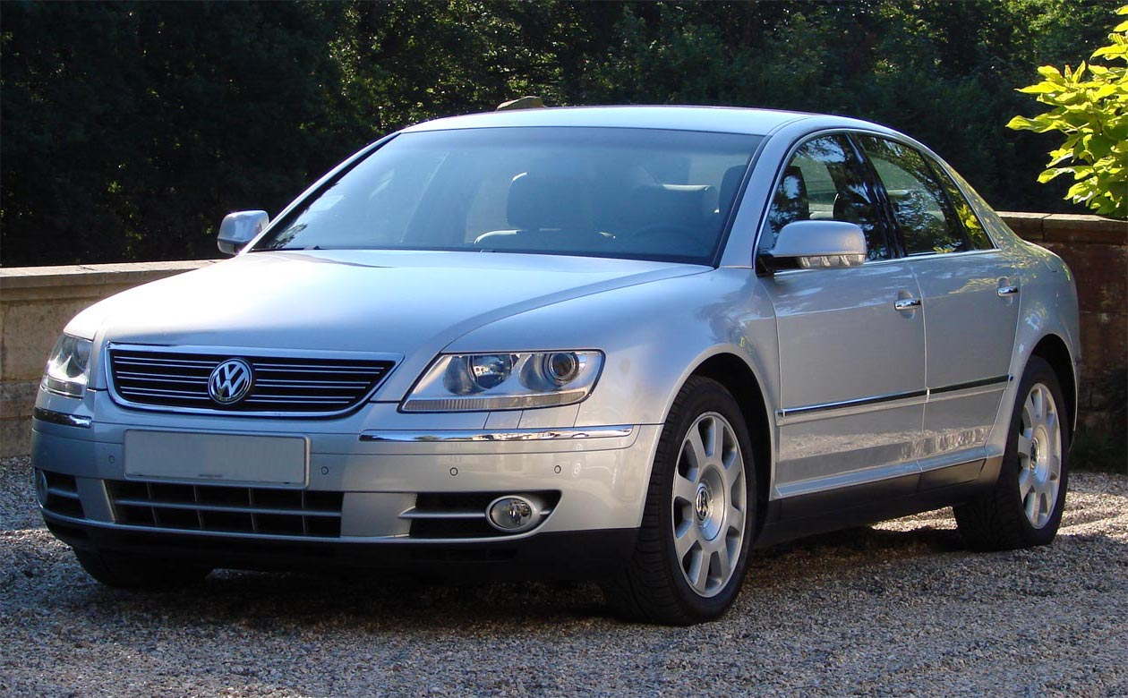 Volkswagen Phaeton I przed pierwszym liftingiem