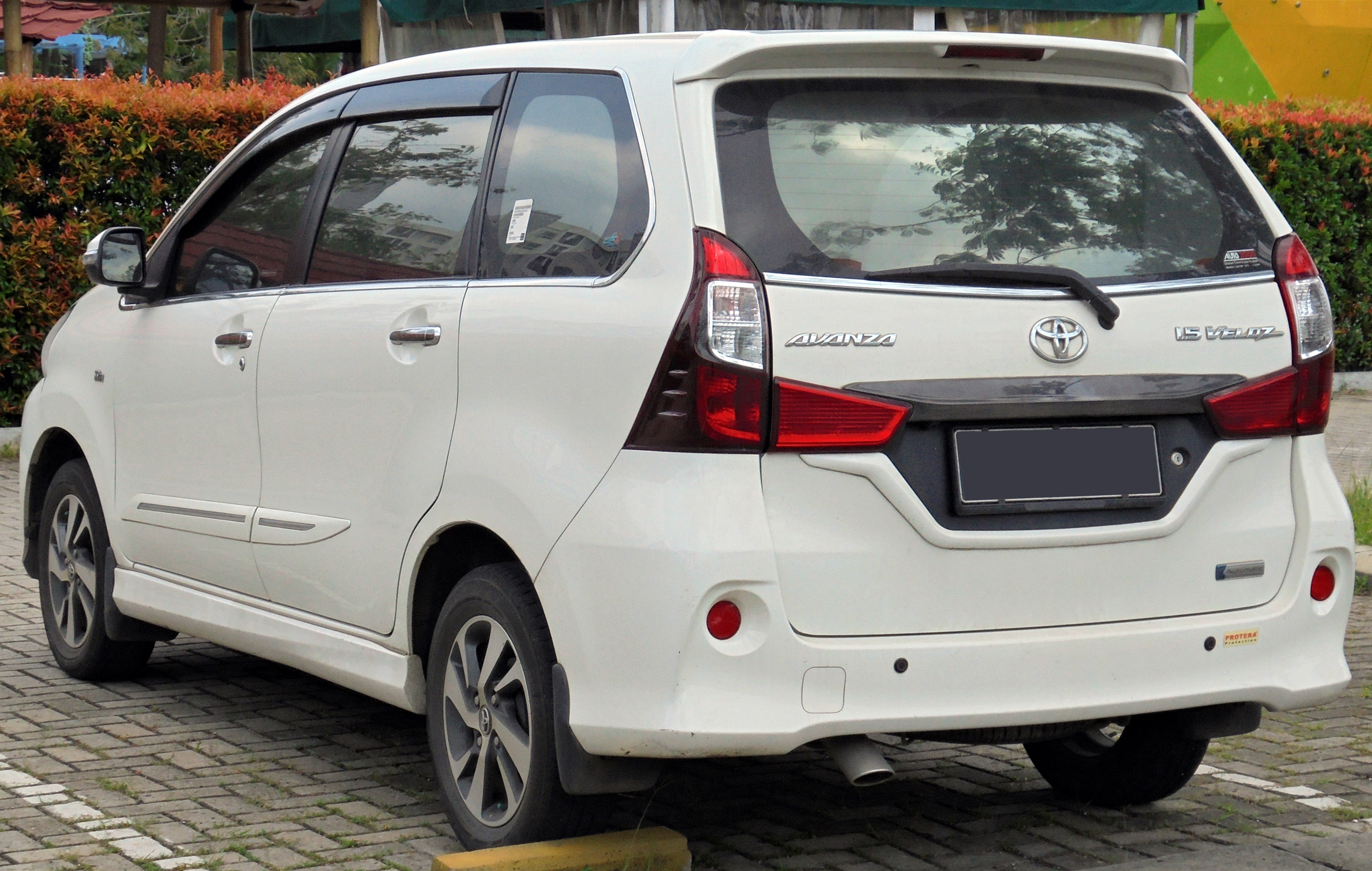 Kekurangan Mobil Avanza Veloz Perbandingan Harga