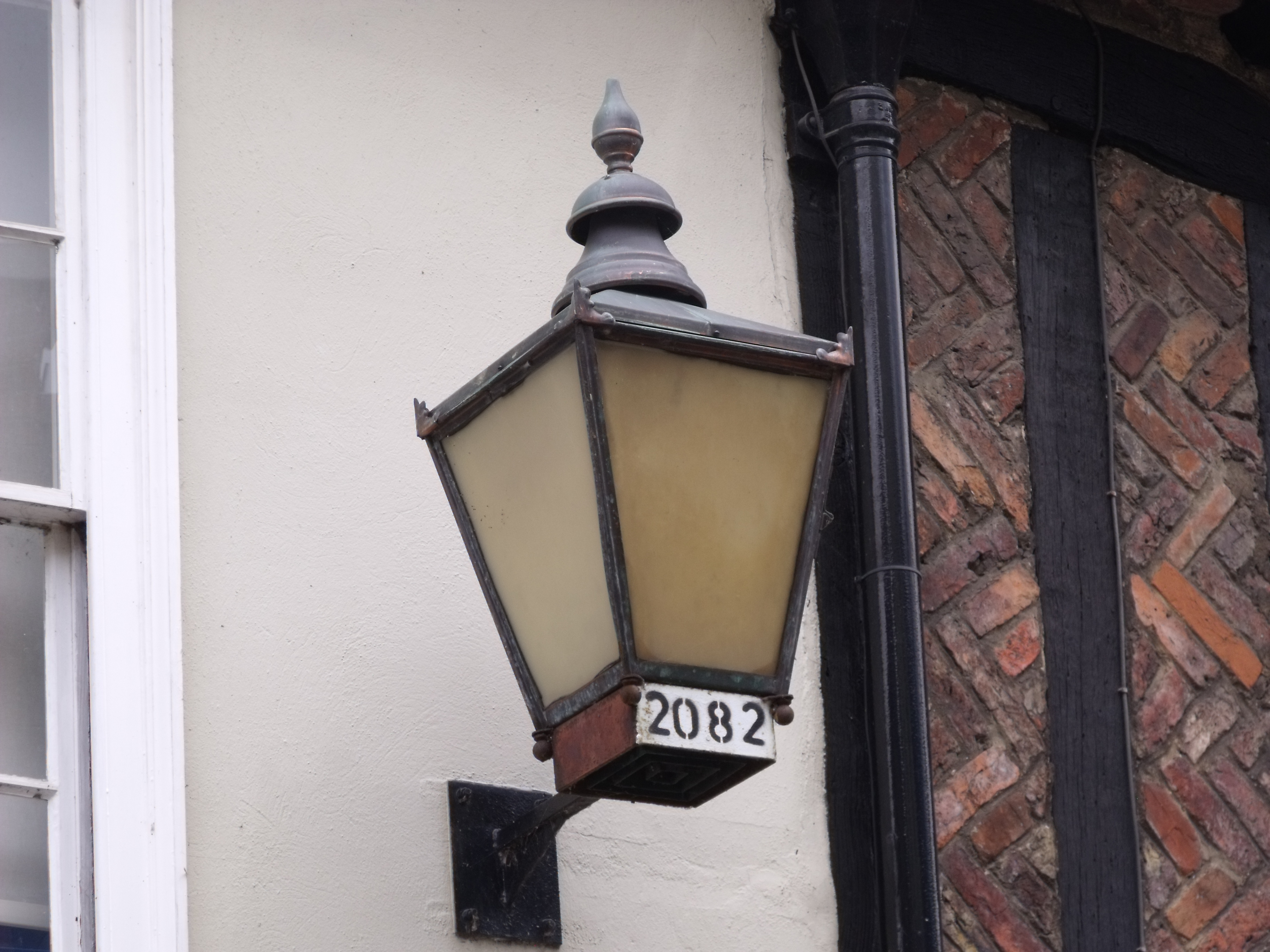 File:24 Princes Street, Norwich - Lantern 2082 (5981426493).jpg