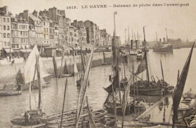 file 76 le havre bateaux de p che dans le port vers 1910. Black Bedroom Furniture Sets. Home Design Ideas