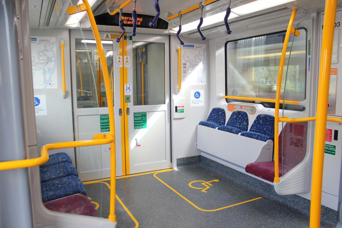 File:A set vestibule fold-up seats cityrail.jpg - Wikimedia Commons
