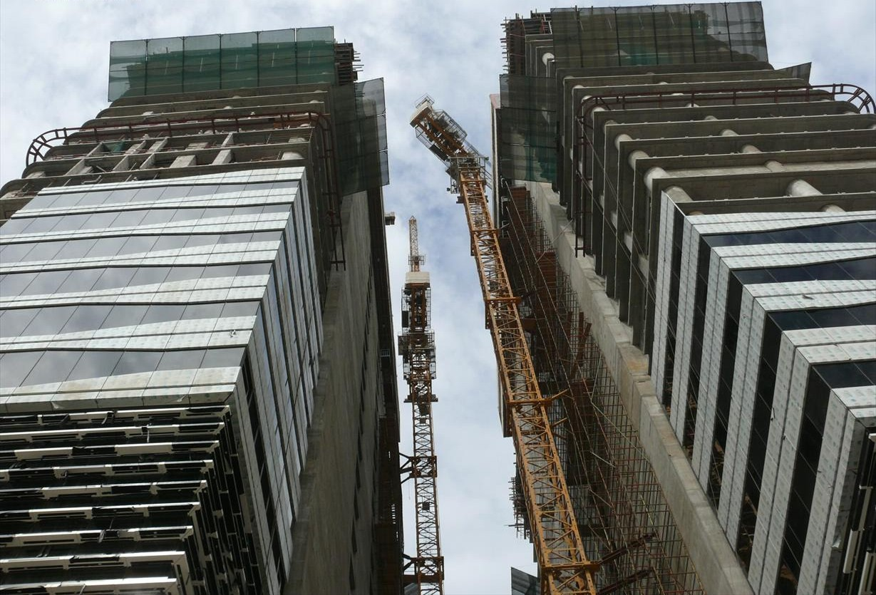 File:Acico Twin Towers Under Construction on 2 November 2007 Pict 2