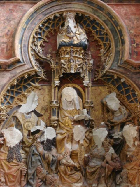 Beberapa wajah yang ditutup dalam Beeldenstrom di Utrecht, Belanda, tahun 1566 (wikipedia)