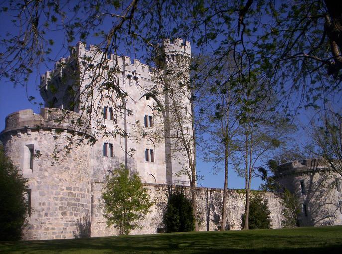 Eugenia de Montijo, emperatriz de Francia Arteaga_Tower_small