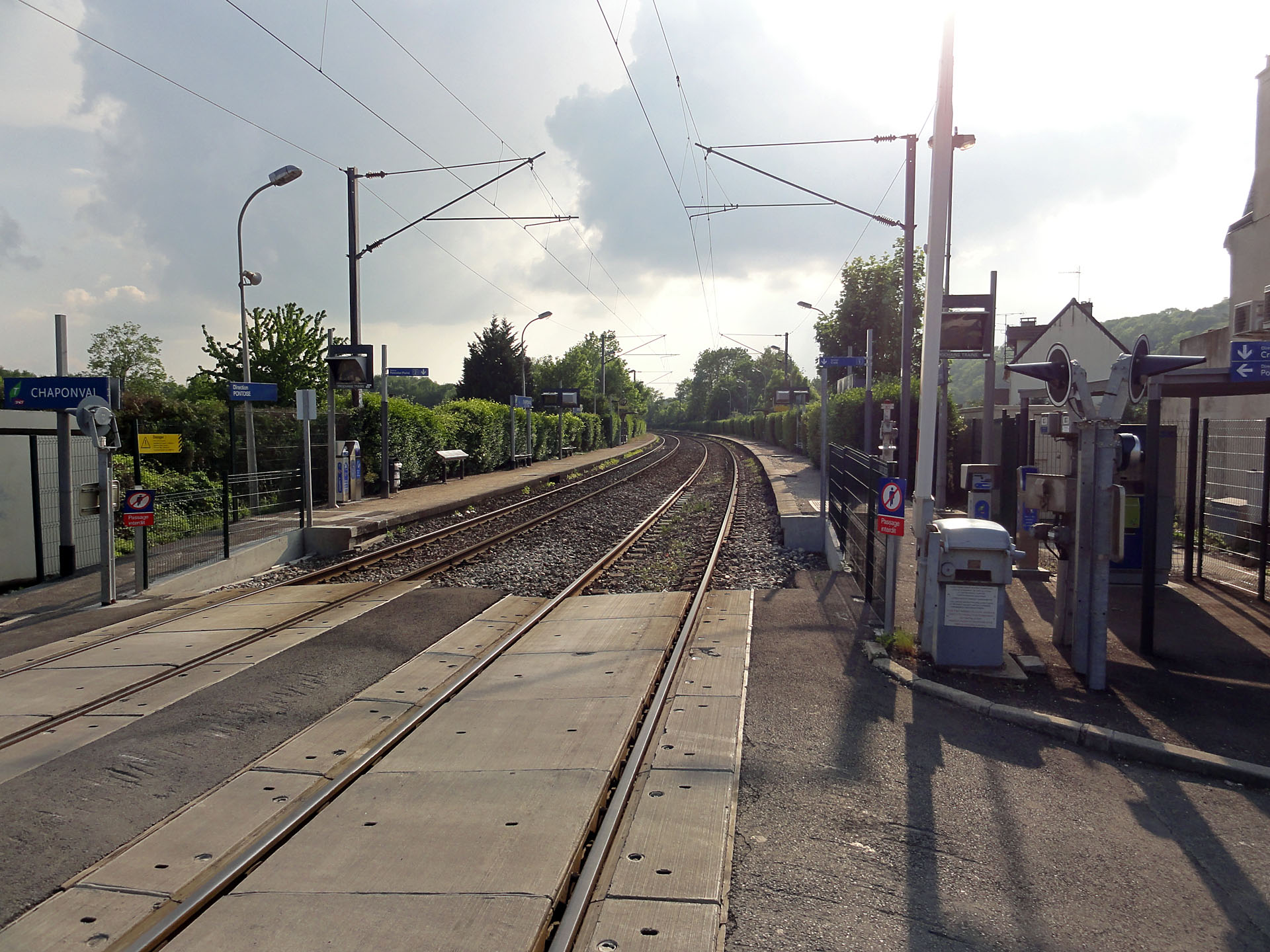 Station Chaponval