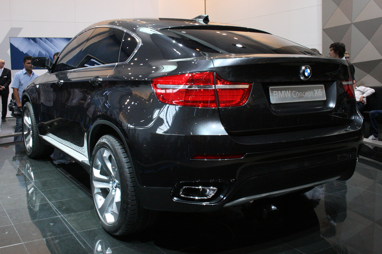 File:BMW X6 Heck.jpg - Wikimedia Commons