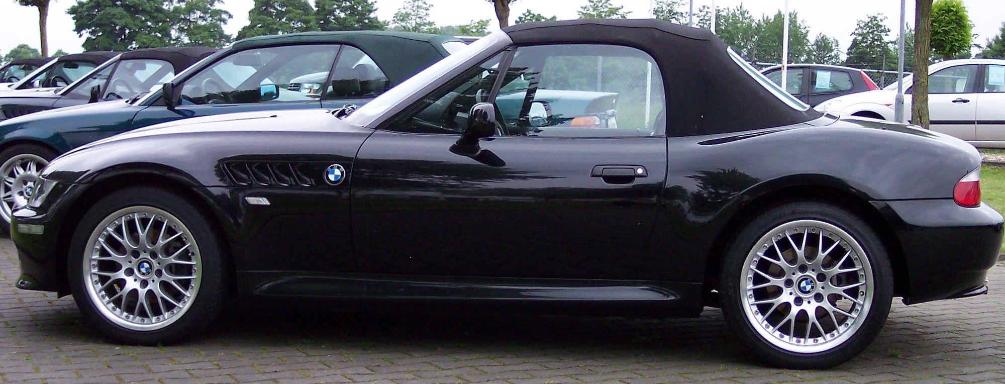File:BMW Z3 black l.jpg - Wikimedia Commons