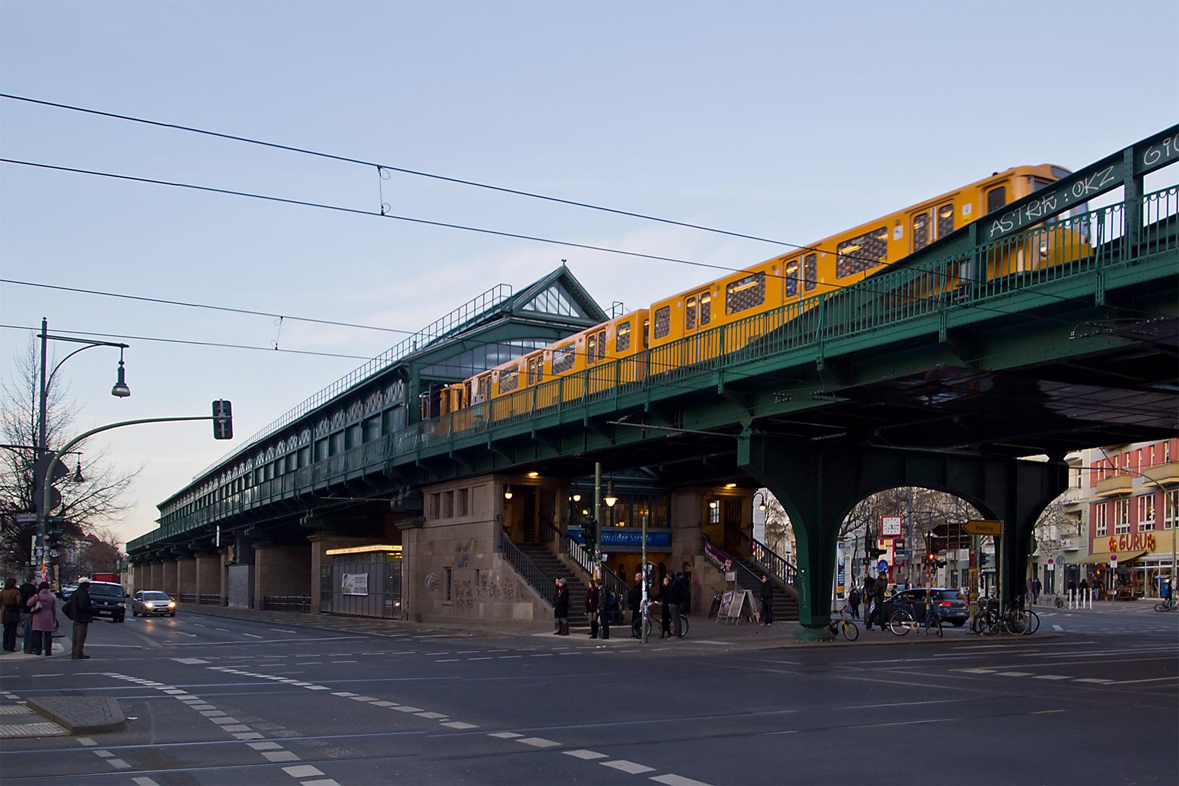 File Berlin Hochbahn U2 Eberswalder Strasse A3 Jpg Wikimedia Commons