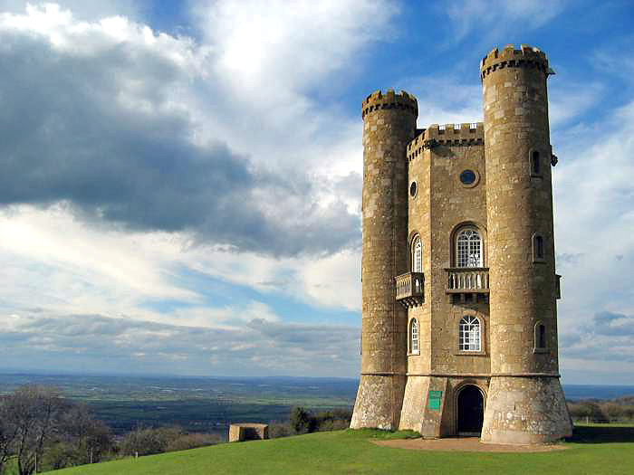 Broadway Tower Cotswolds (Wikimedia Commons)