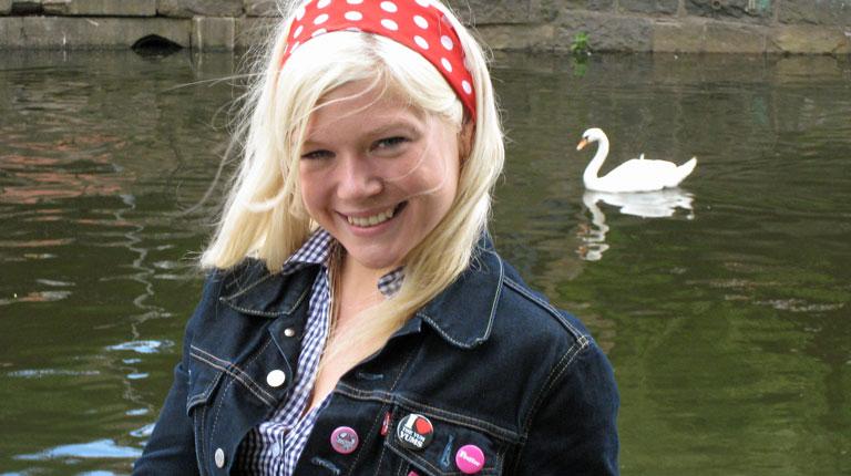 Caroline Andersen Norges ukronede pornodronning slutter med pornofilm! thumbnail