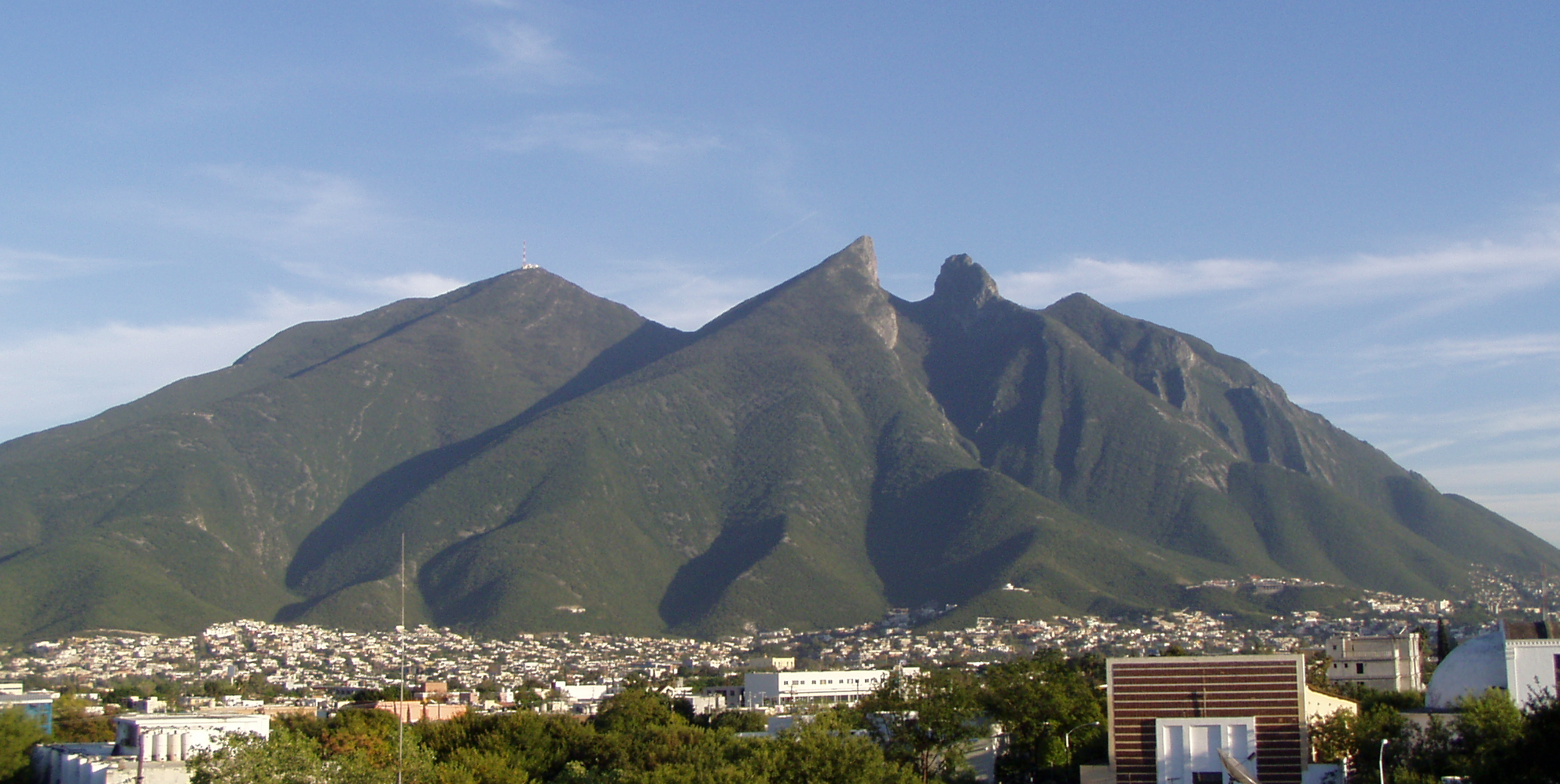 Monterrey Mexico  City pictures : Cerro de la Silla Wikipedia, the free encyclopedia