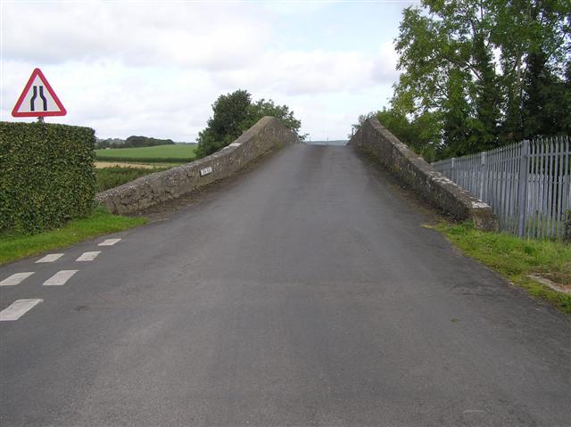 File:Crew Road and Bridge - geograph.org.uk - 1478537.jpg