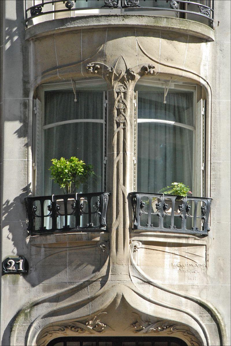 Hotel Rue D Artois Paris