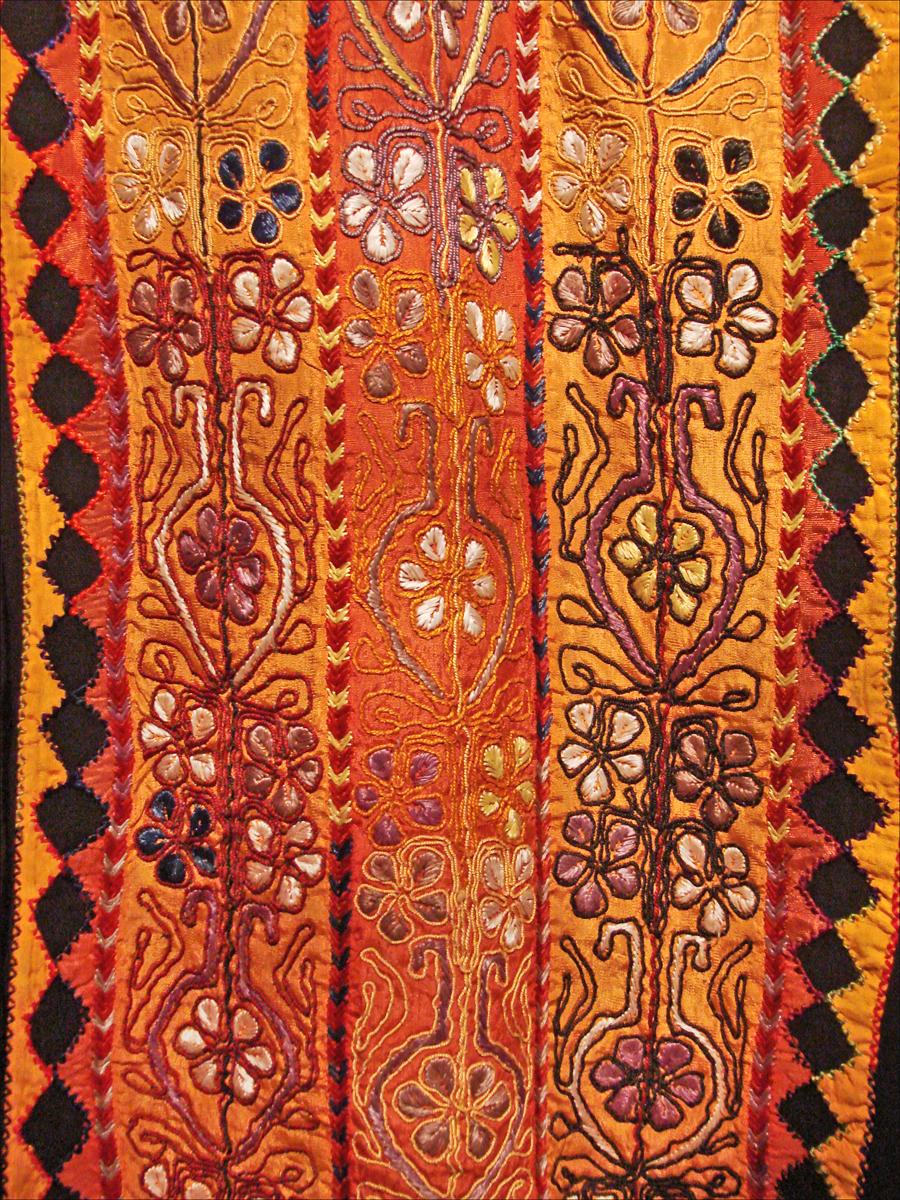 file d tail dune robe de f te de palestine lorient des. Black Bedroom Furniture Sets. Home Design Ideas