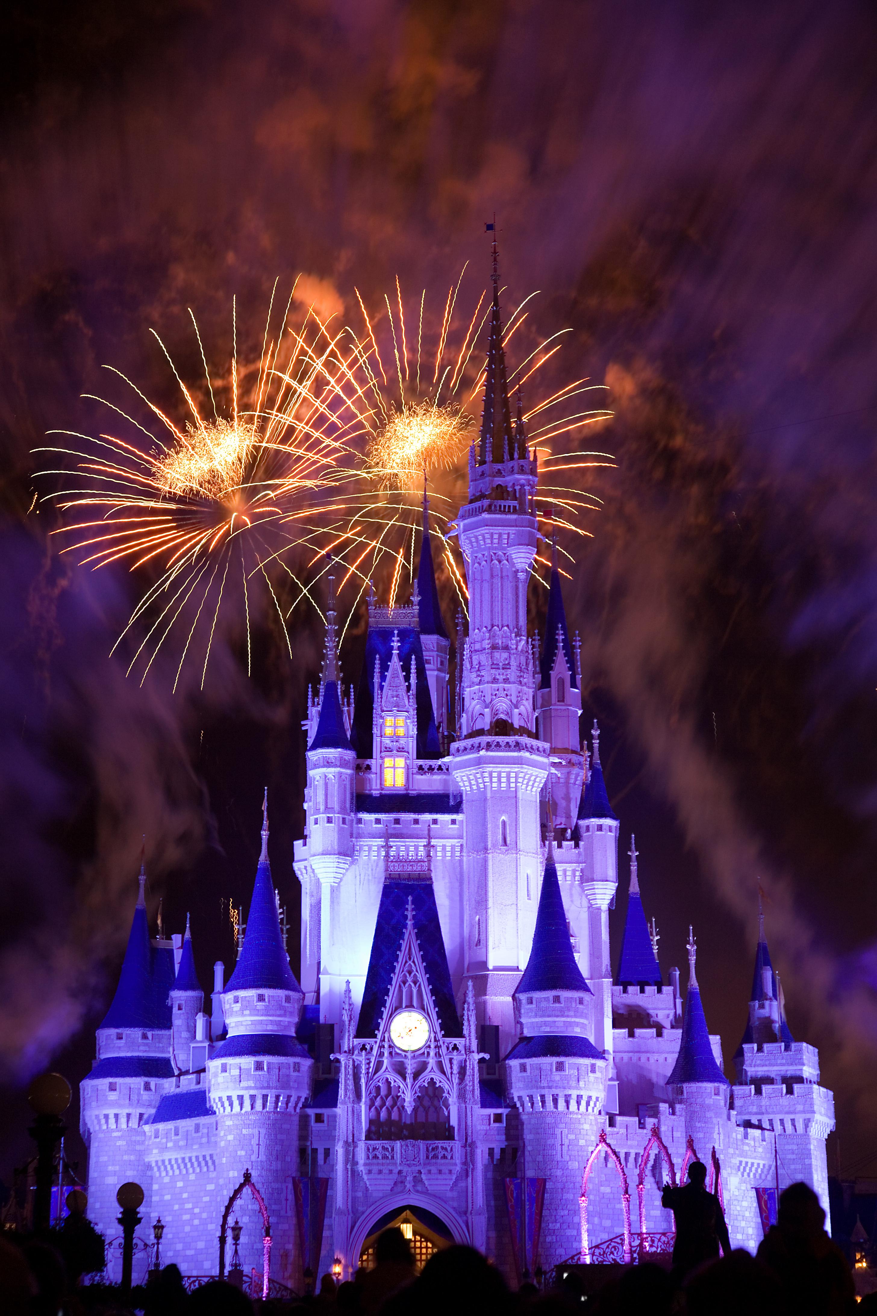 filedisneyworld fireworks 0219jpg wikimedia commons