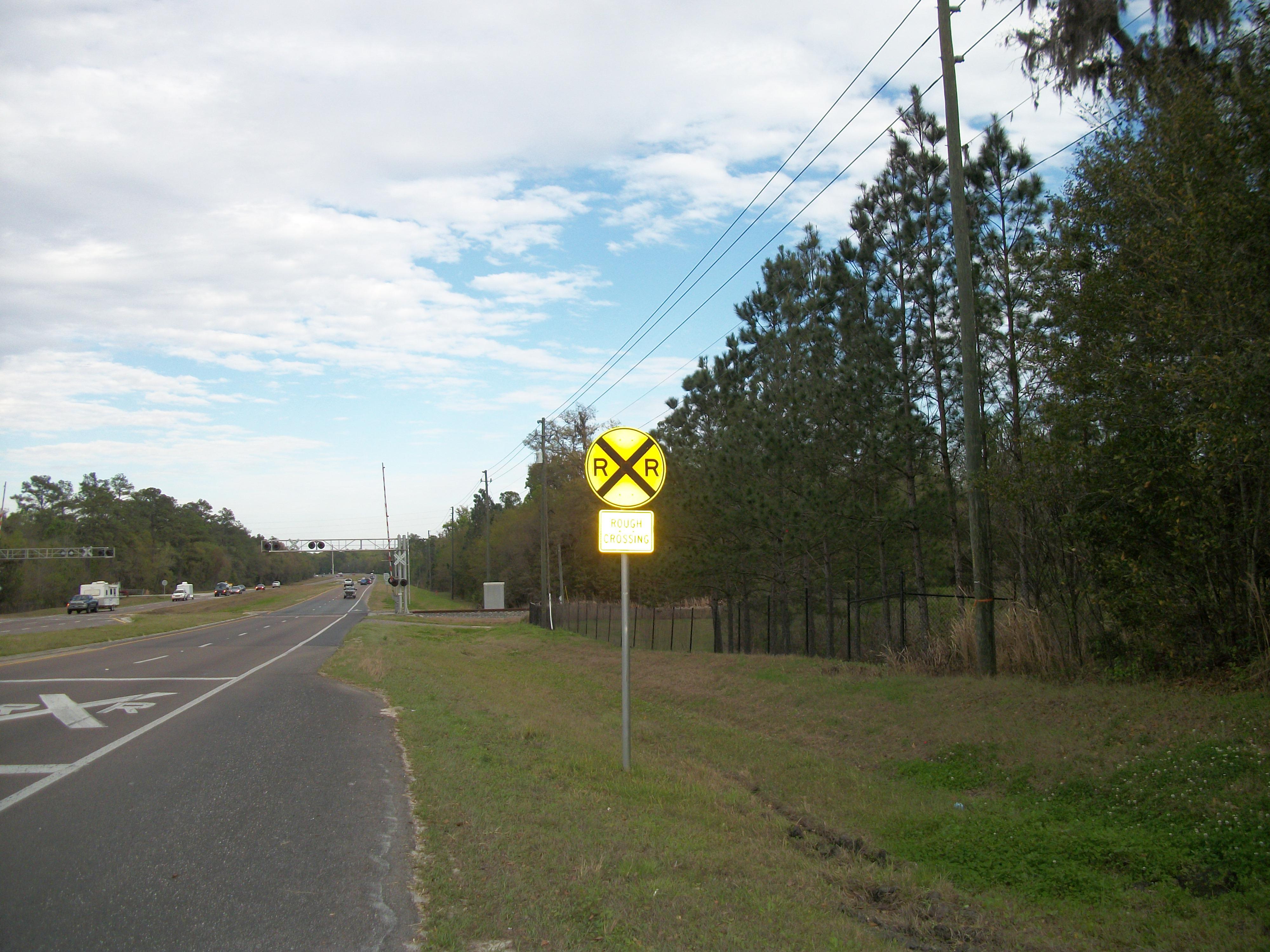 File:EB FL 50 Rough RxR Crossing; Brooksville.JPG ...