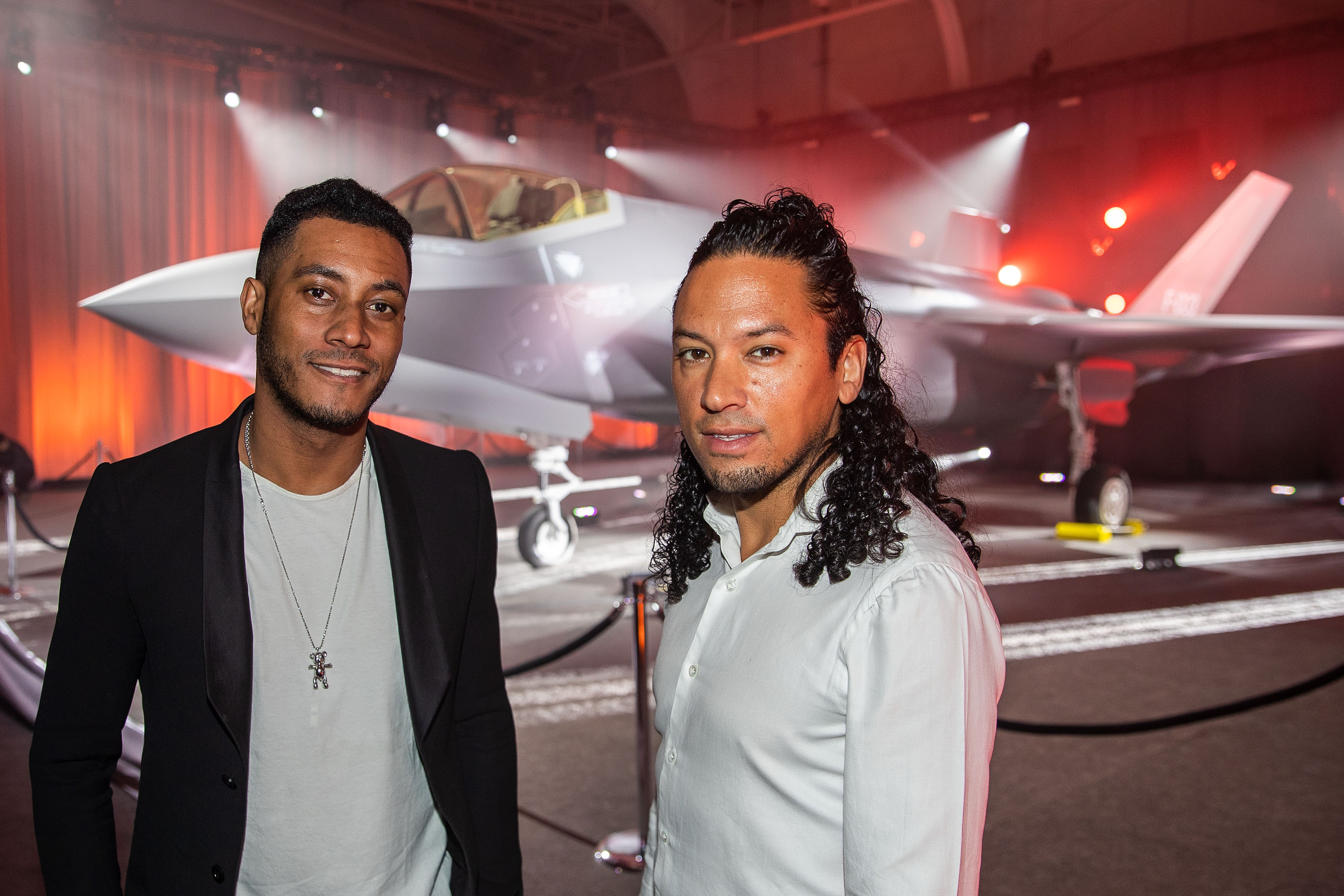 The 39-year old son of father (?) and mother(?) Ryan Marciano in 2020 photo. Ryan Marciano earned a unknown million dollar salary - leaving the net worth at 2 million in 2020