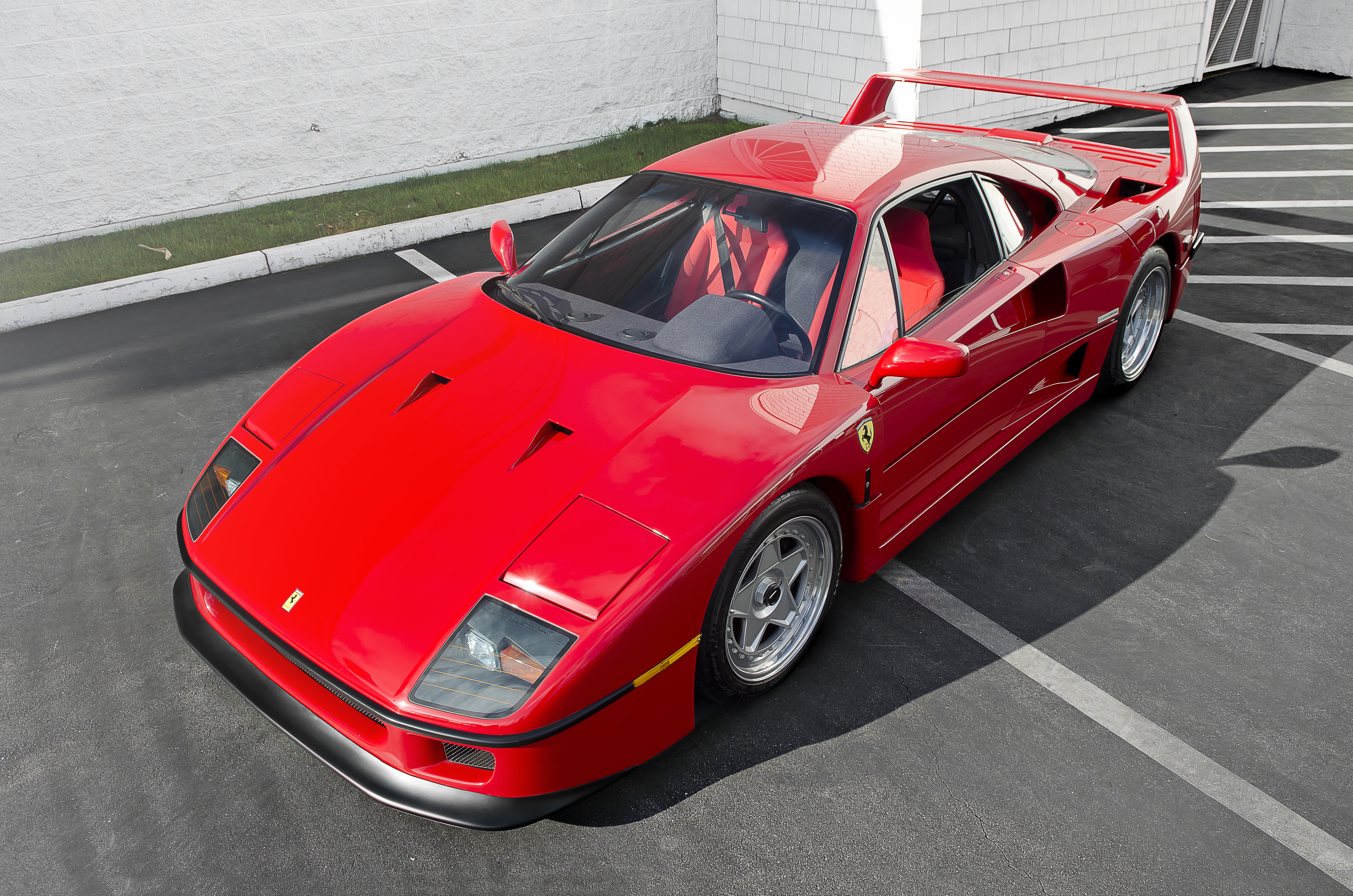 File:Ferrari F40 (14368683508).jpg - Wikimedia Commons