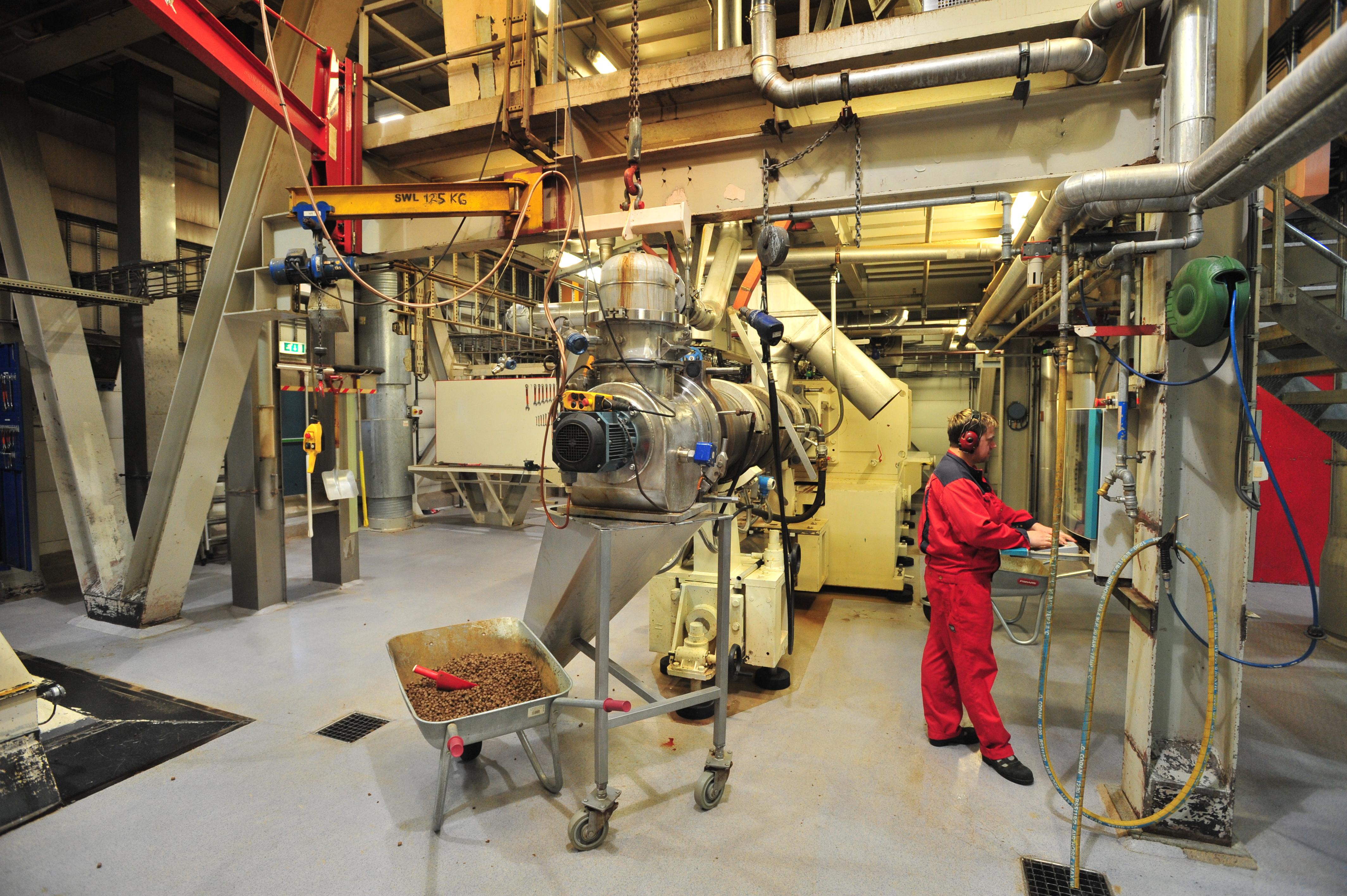 Storage production livestock Machines