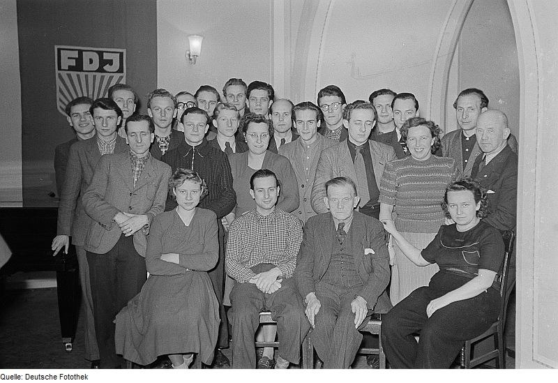 Volkskorrespondenten im Leipziger Ratskeller 1952. Quelle: Deutsche Fotothek