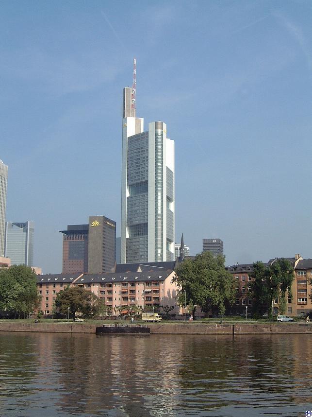 Commerzbank D