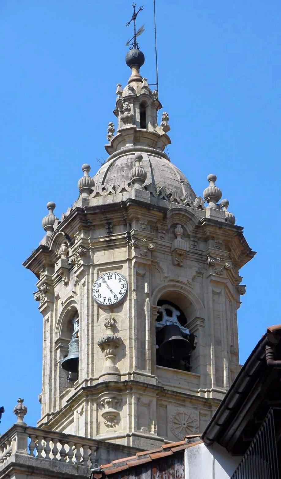 File:Fuenterrabia - Iglesia de Santa María de la Asunción y del Manzano 29.jp...