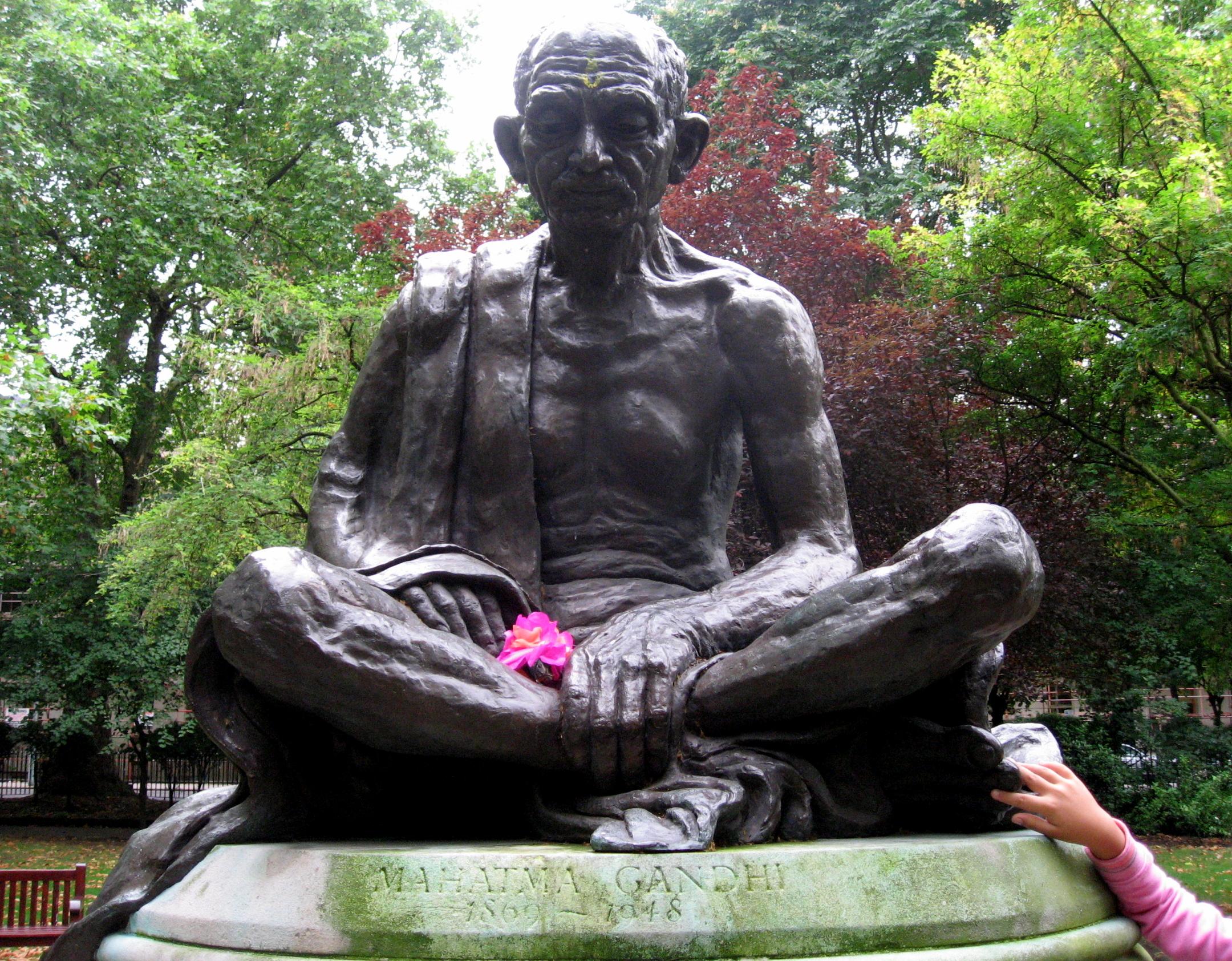 FileGandhi Statue Tavistock Square London