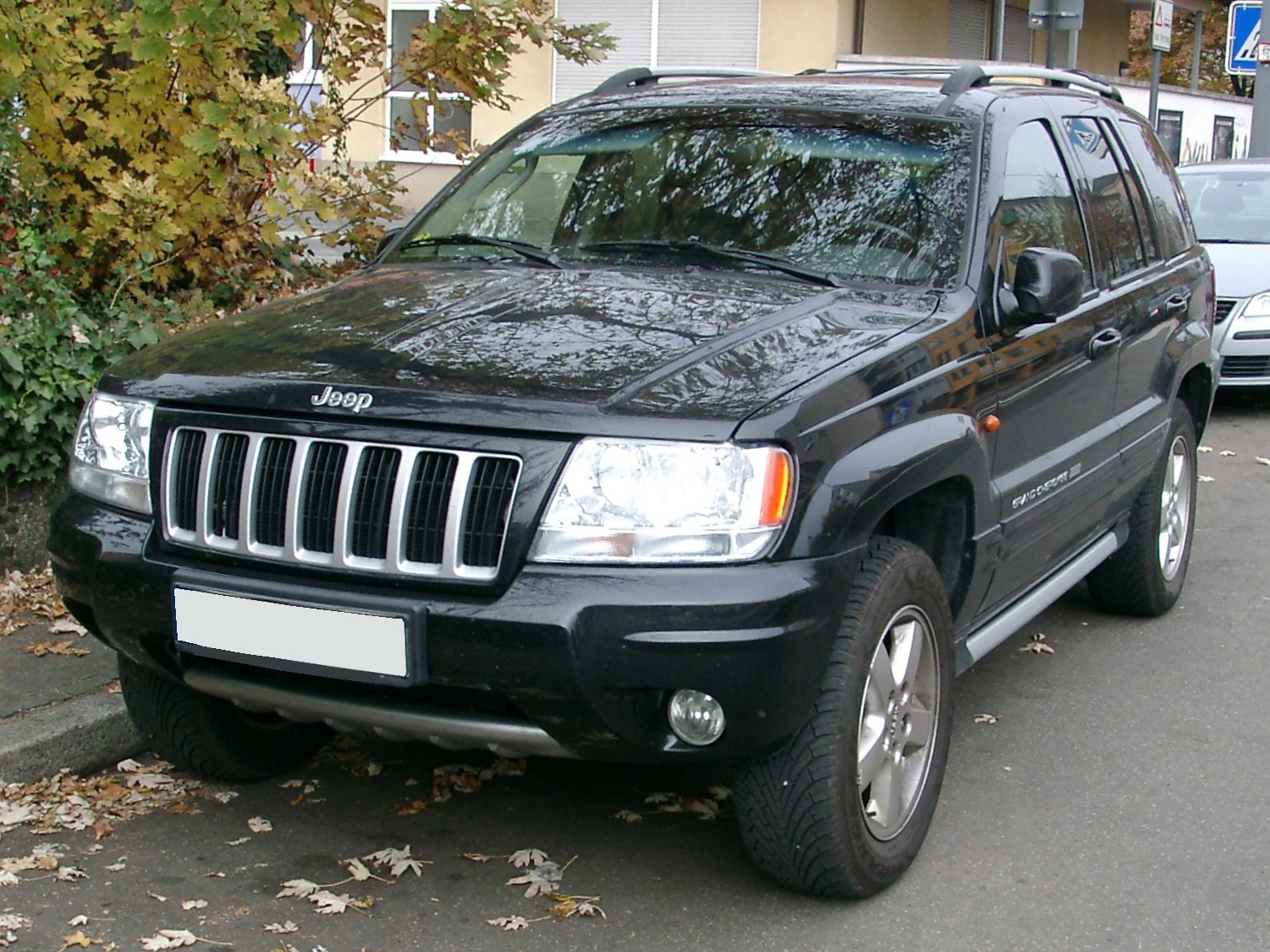 file jeep grand cherokee wj front wikimedia. Black Bedroom Furniture Sets. Home Design Ideas