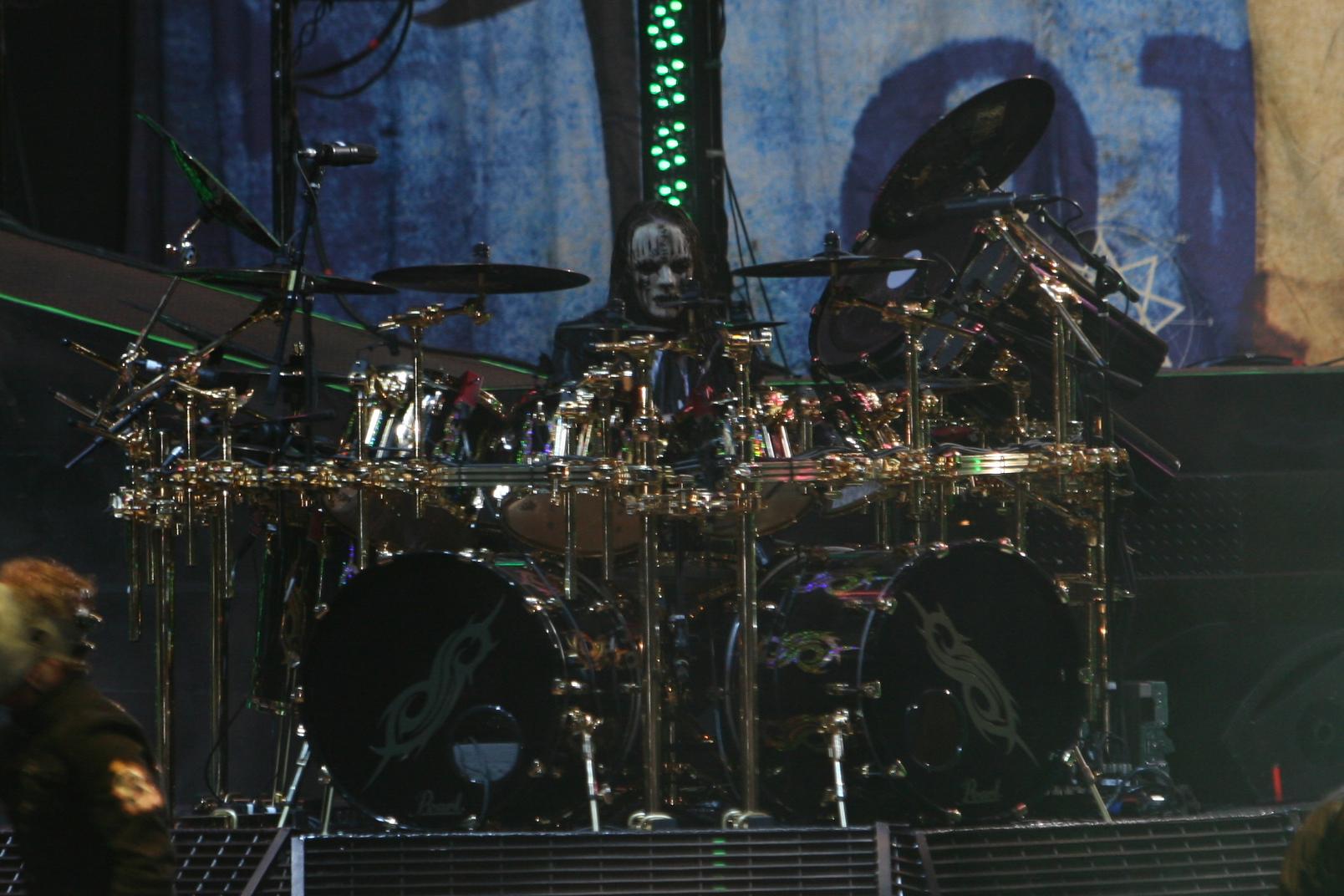 File:Joey Jordison at Mayhem.jpg - Wikipedia