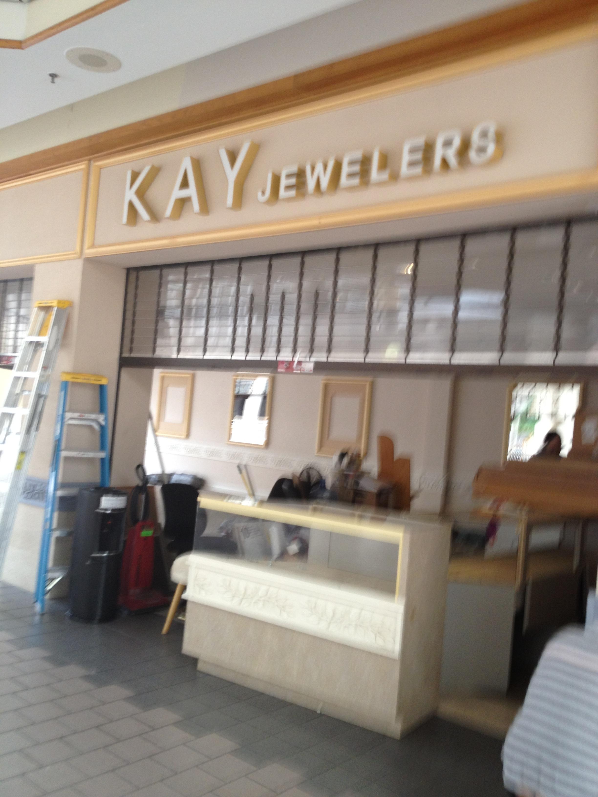 f42ec864d File:Kay Jewelers - Springfield Mall Springfield, VA (15580566724).jpg