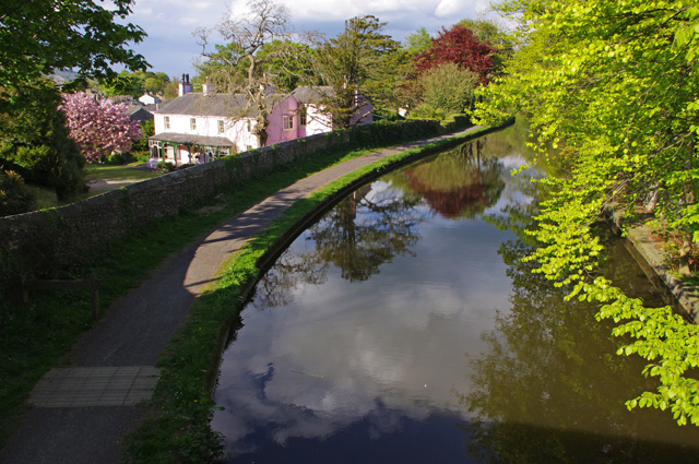 Lancaster Canal, Bolton-le-Sands - geograph.org.uk - 1853182