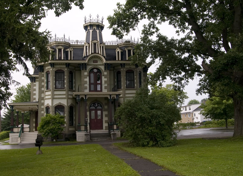 cowansville online dating View photos and listing details of cowansville, qc real estate, get open house  info, find new properties and read cowansville, qc local guide,.