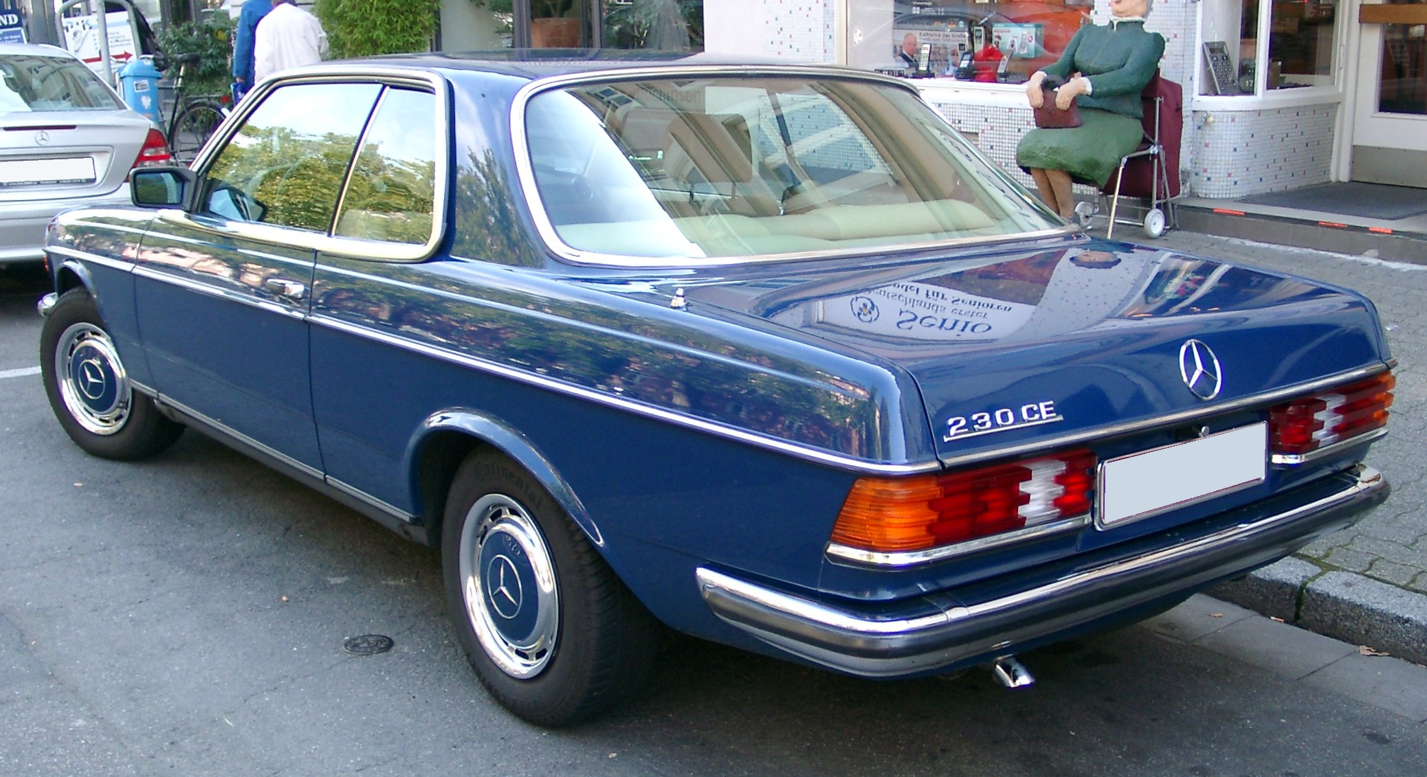 File Mercedes W123 Coupe Rear 20071009 Jpg Wikimedia Commons