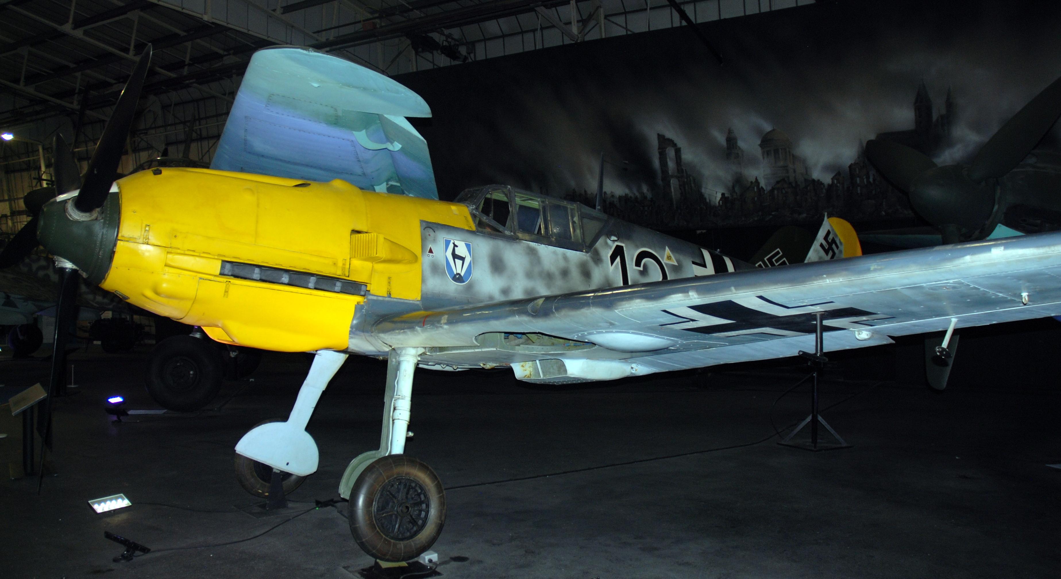File:Messerschmitt Bf ...