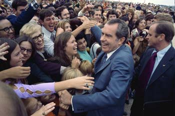 Nixon meeting the public during the 1972 presidential campaign Nixon campaigns.jpg