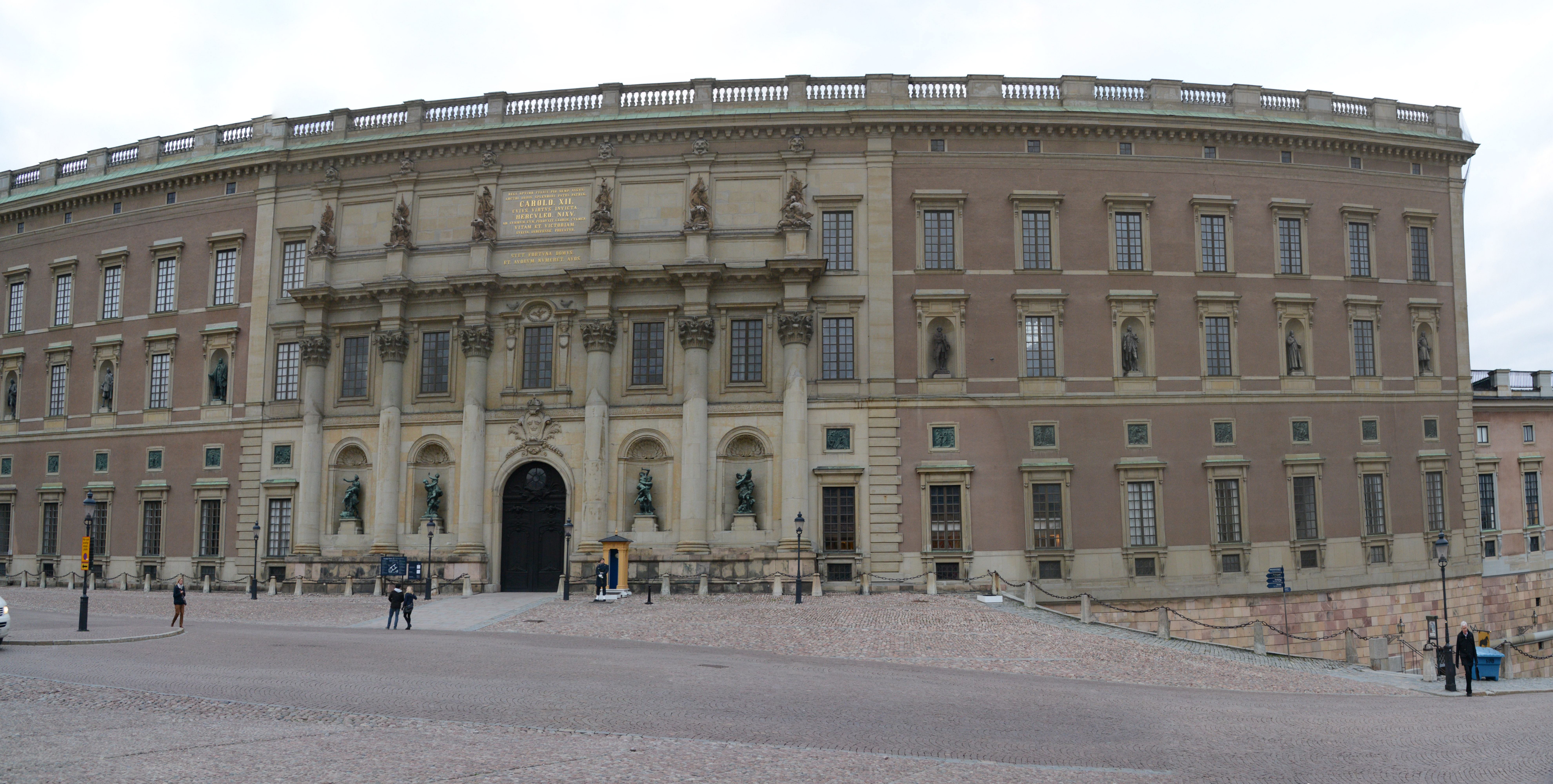 Filepanorama of stockholms slott stockholm palace 24856806185 jpg