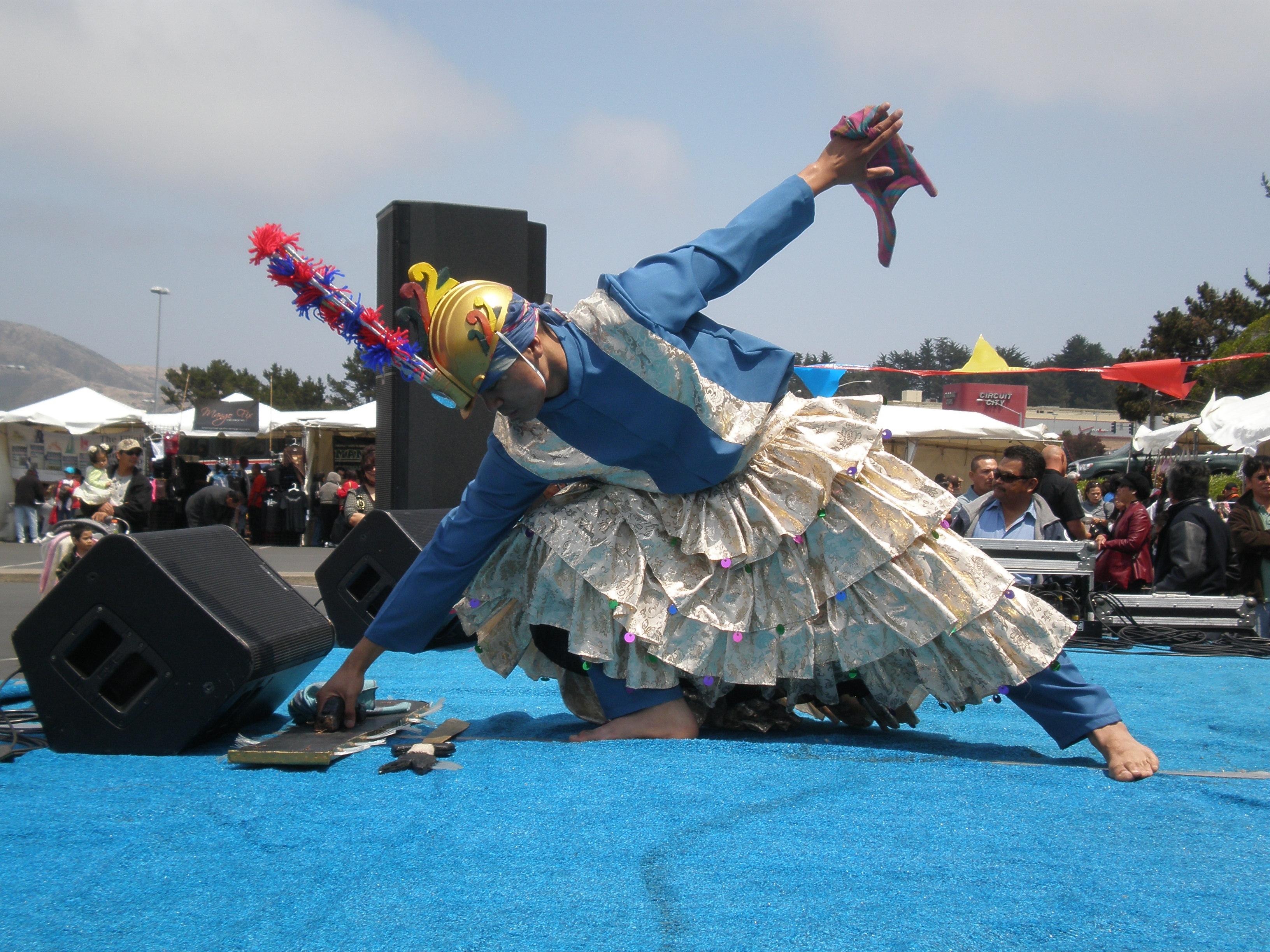 Parangal dance company philippine folk dance - File Parangal Dance Co Performing Sagayan At 14th Af Afc 05 Jpg