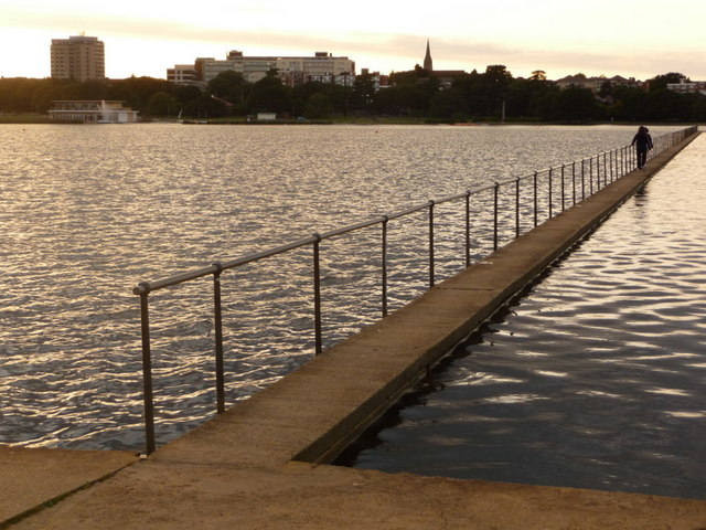 Poole, Poole Park lake - geograph.org.uk - 1430391