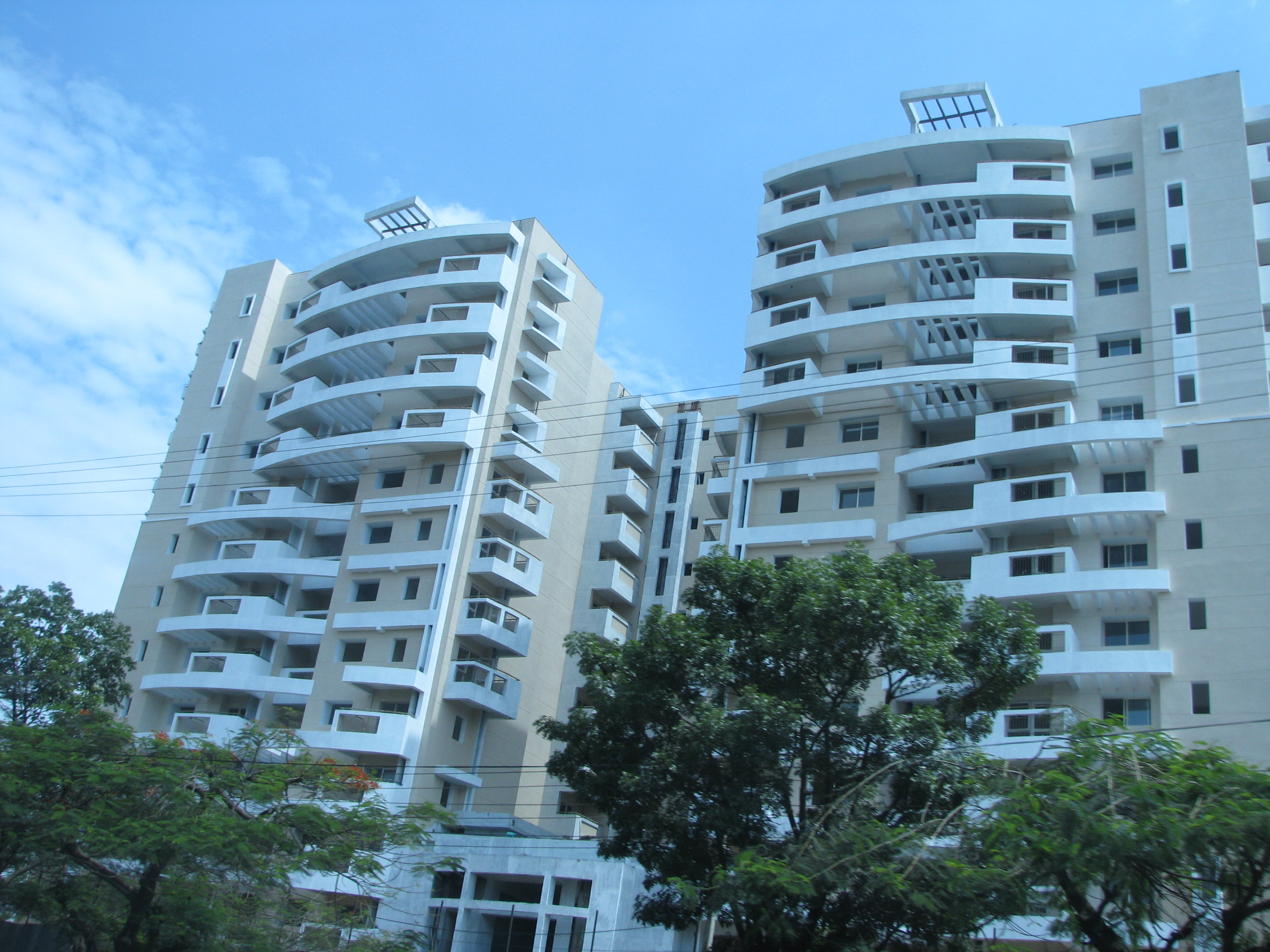 File:Residential Apartments On Bannerugatta Road 4 24 2011 2 18