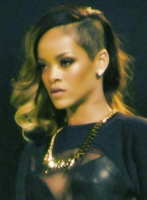 Rihanna Diamonds World Tour 2013 cropped.jpg