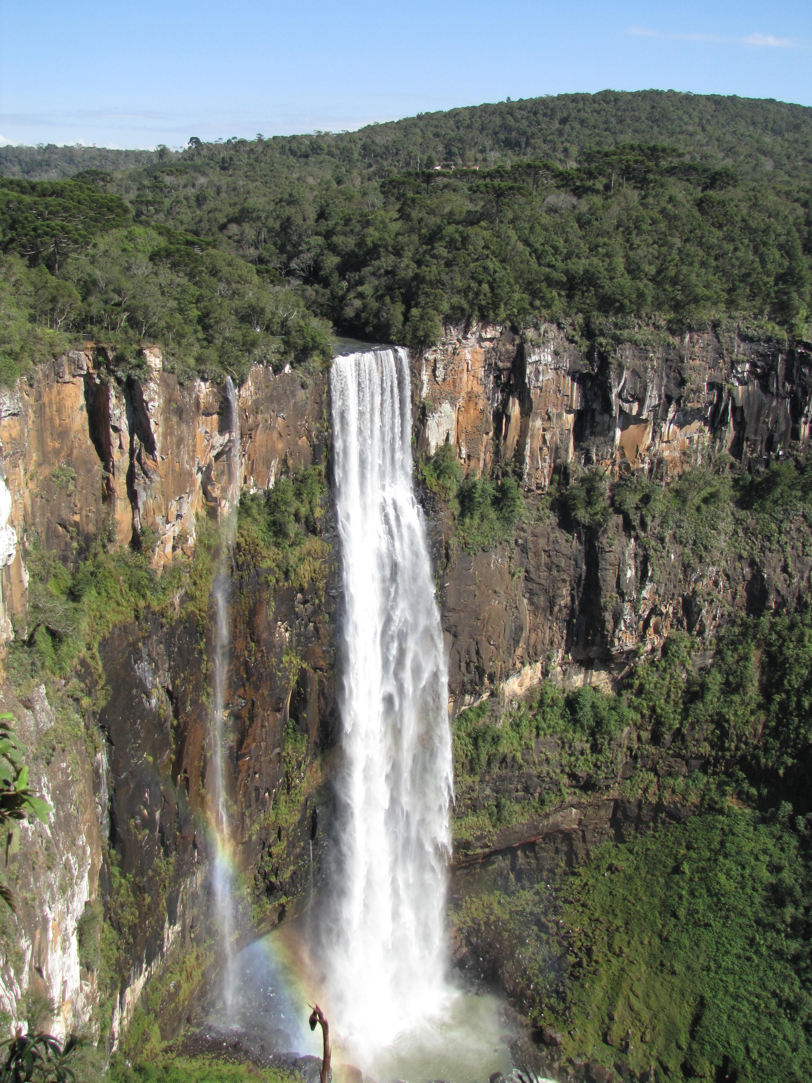 Salto São Francisco, maior q <a class='fecha' href='http://wallinside.com/post-59651196-idosos-passeiam-por-pontos-turisticos-de-curitiba-e-rmc.html'>read more...</a>    <div style='text-align:center' class='comment_new'><a href='http://wallinside.com/post-59651196-idosos-passeiam-por-pontos-turisticos-de-curitiba-e-rmc.html'>Share</a></div> <br /><hr style='clear: both;' class='style-two'>    </div></div>    </article>   <article class=