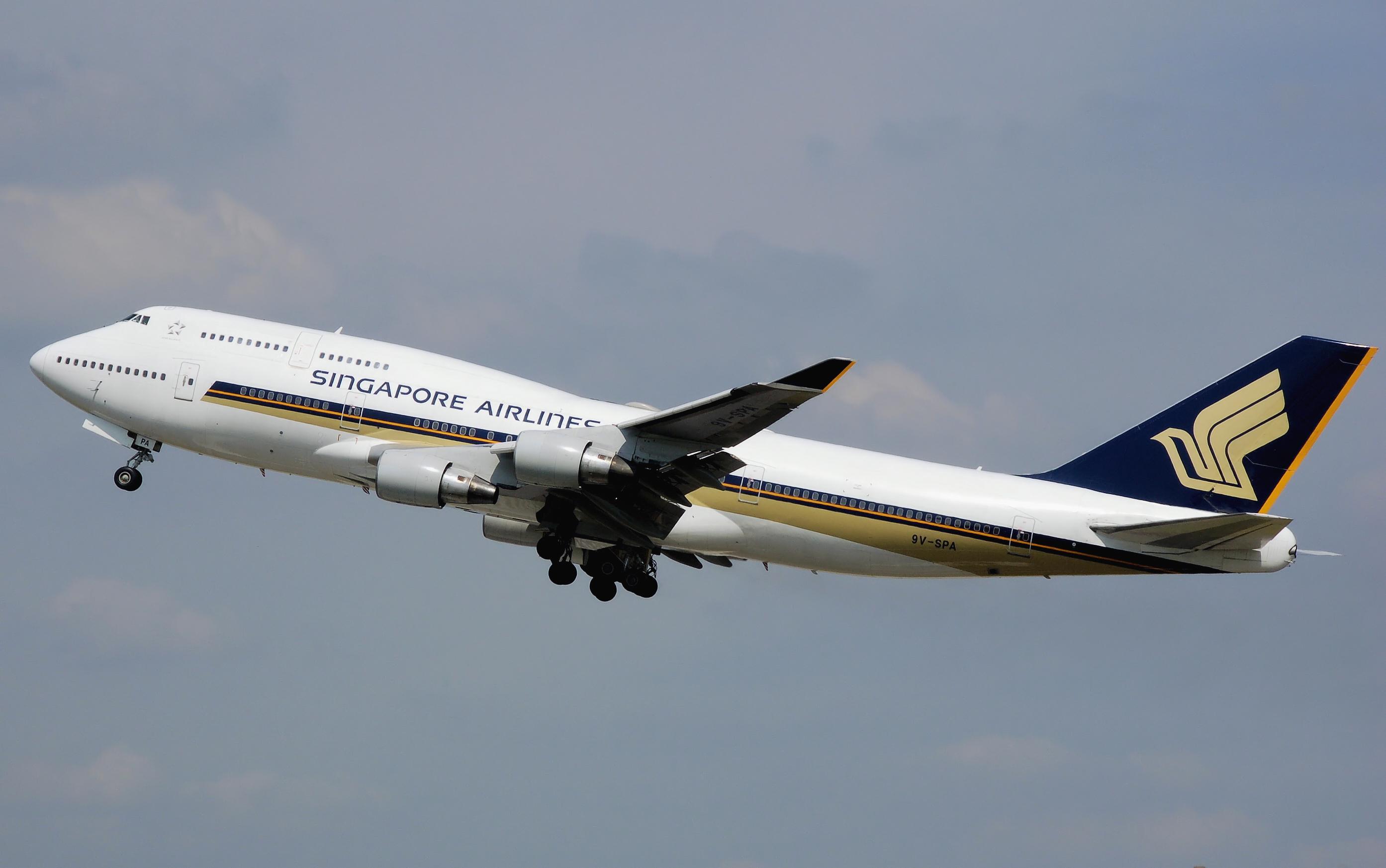 file singapore airlines b747 400 9v spa arp