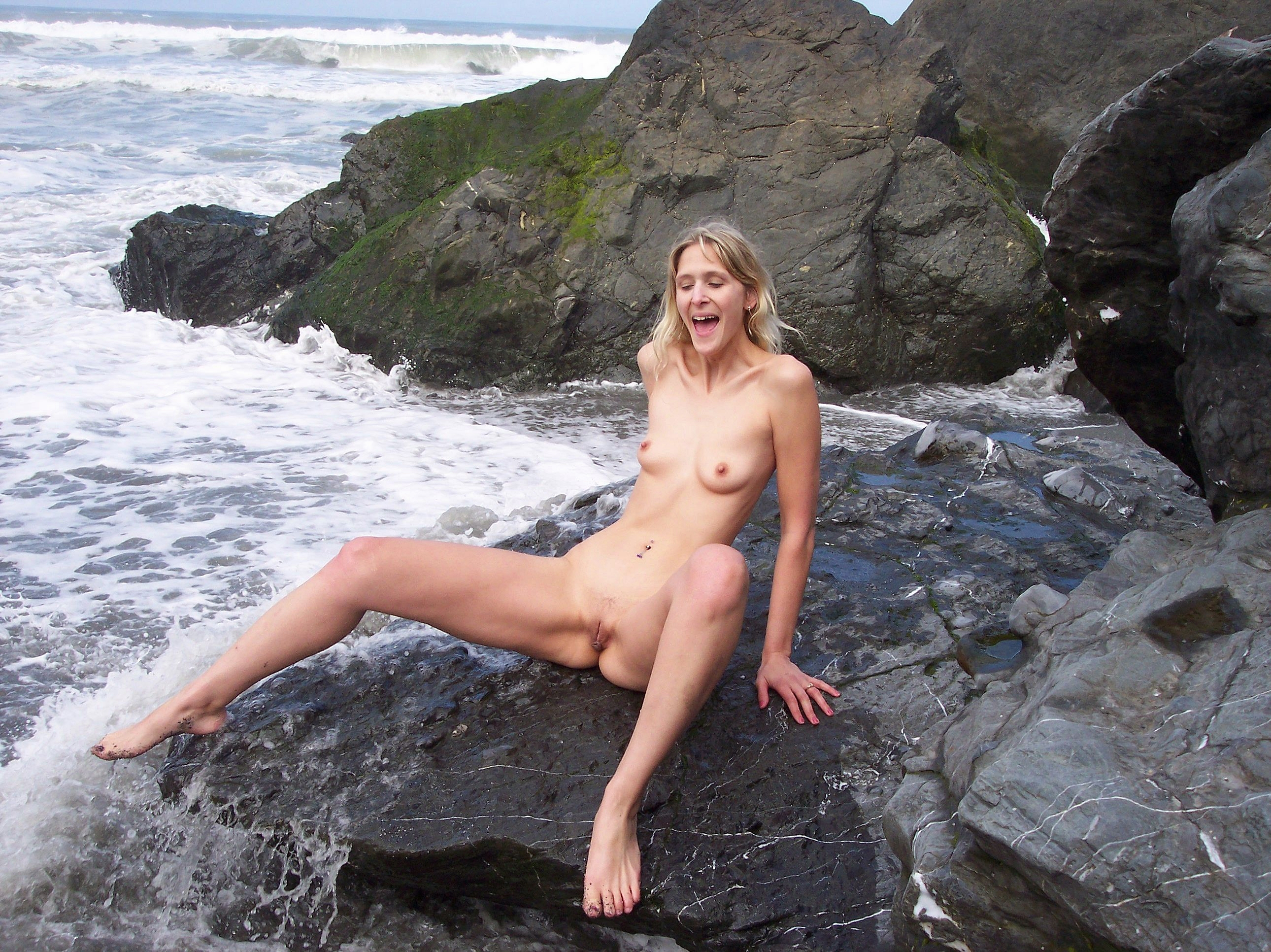 nudist jpg Commons
